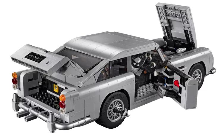 Bond Lego.png