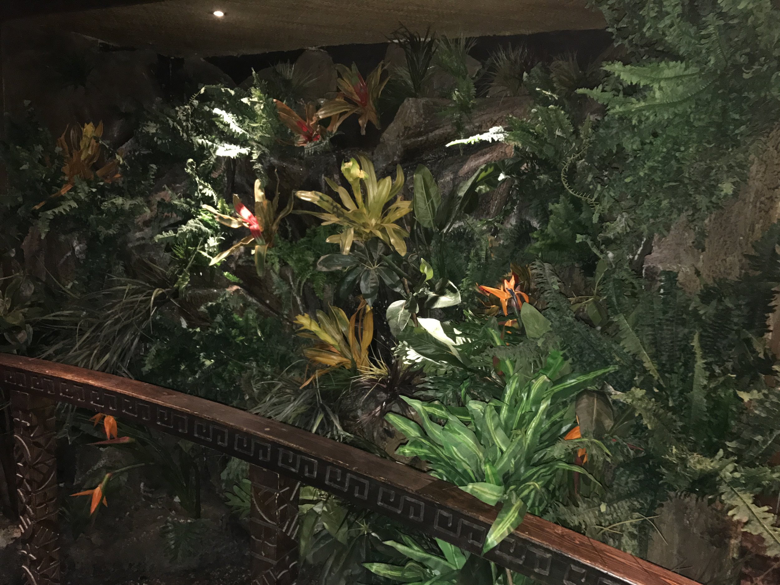Fire retardant artificial foliage
