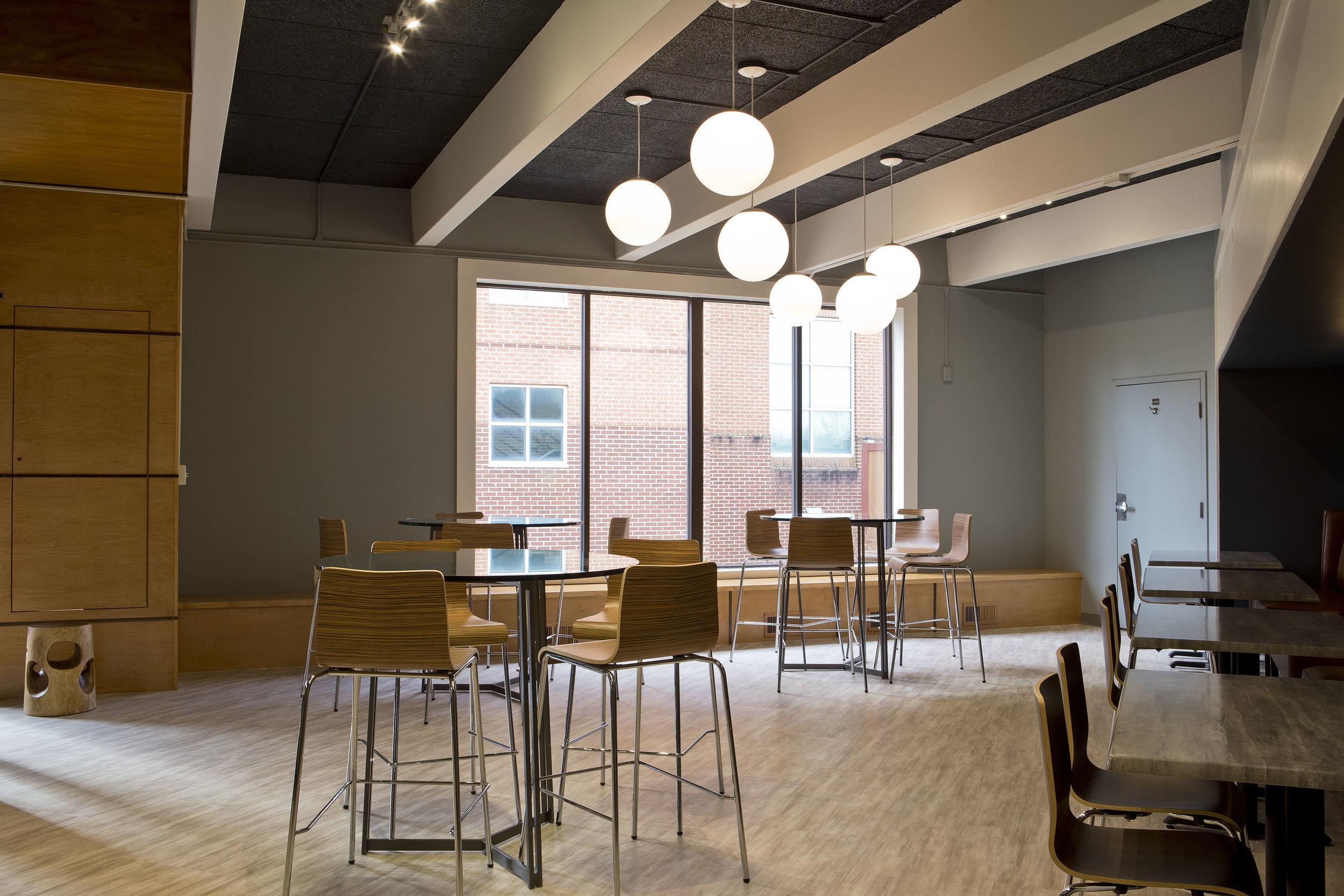 commercial-interior-designer-modern-university-design-study-meeting-room