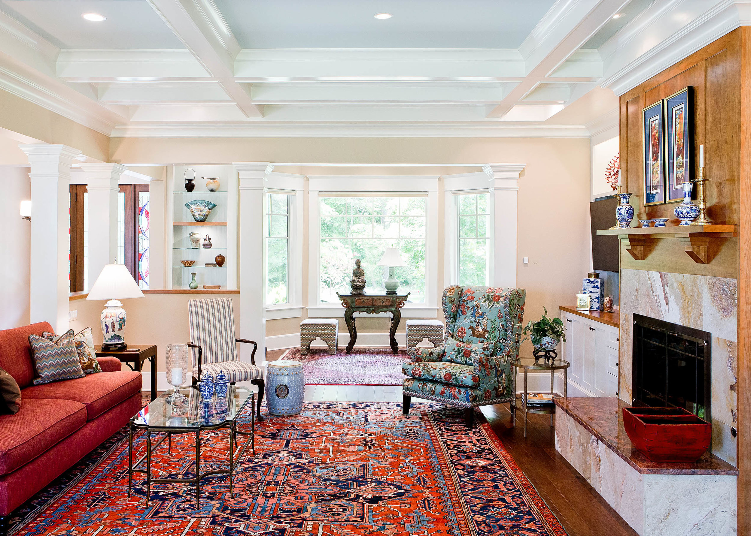 Our client's home is on the Potomac River, outside of Alexandria, Virginia. We designed a functional space for entertaining family and friends in their open floor plan Northern Virginia home.