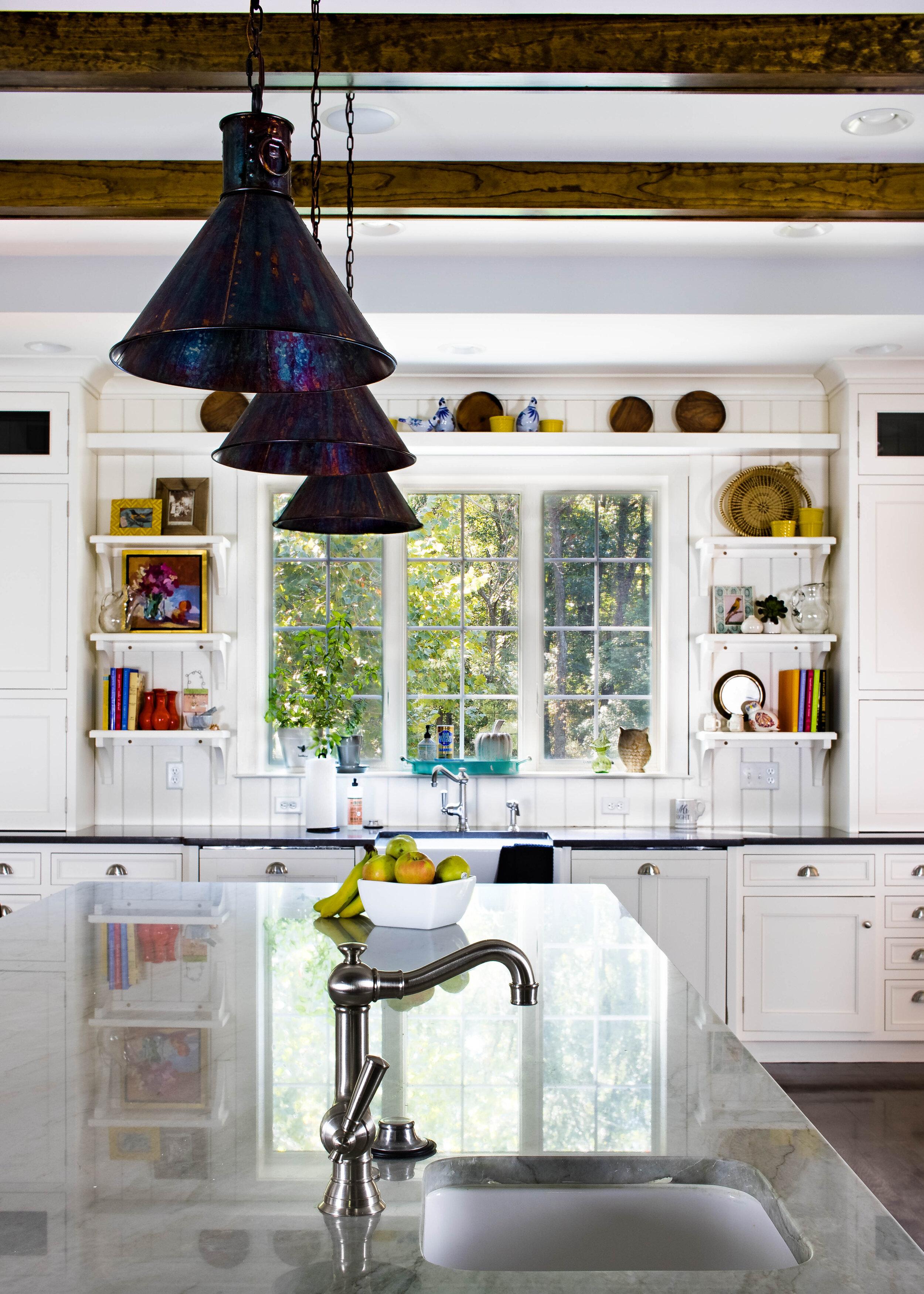 colorful-family-friendly-chefs-kitchen-design-open-shelves
