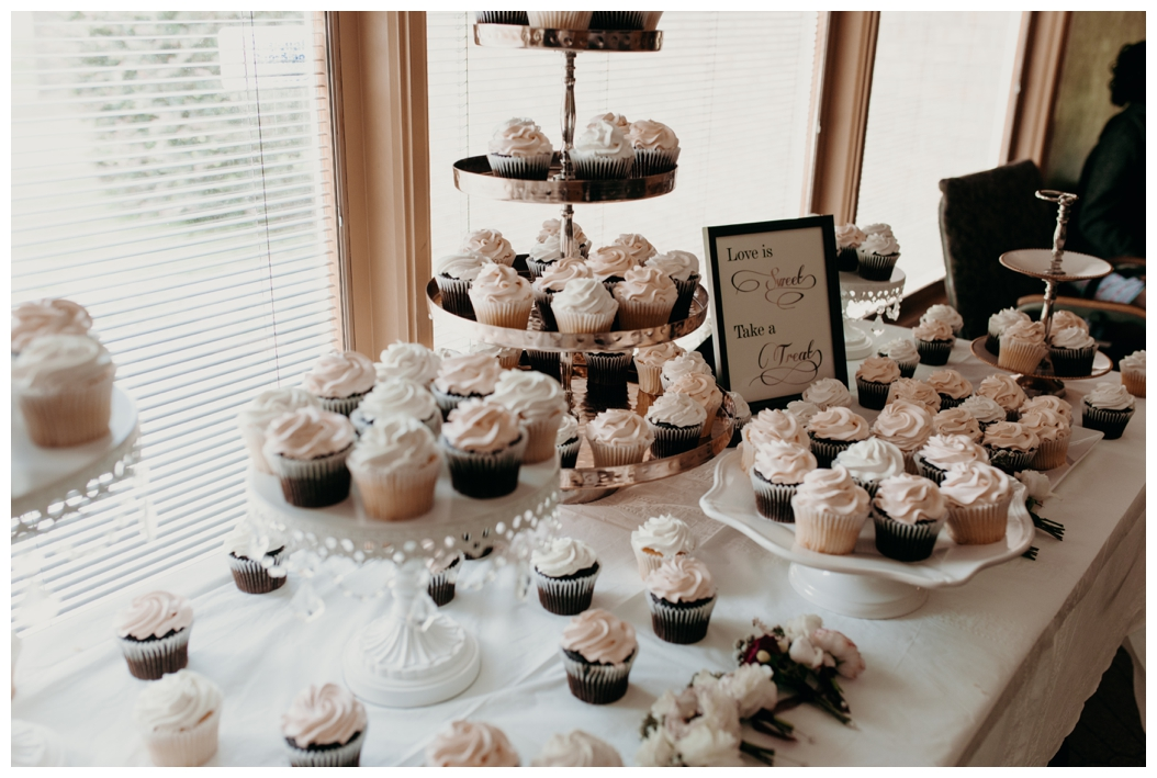 cupcakes at ceremony