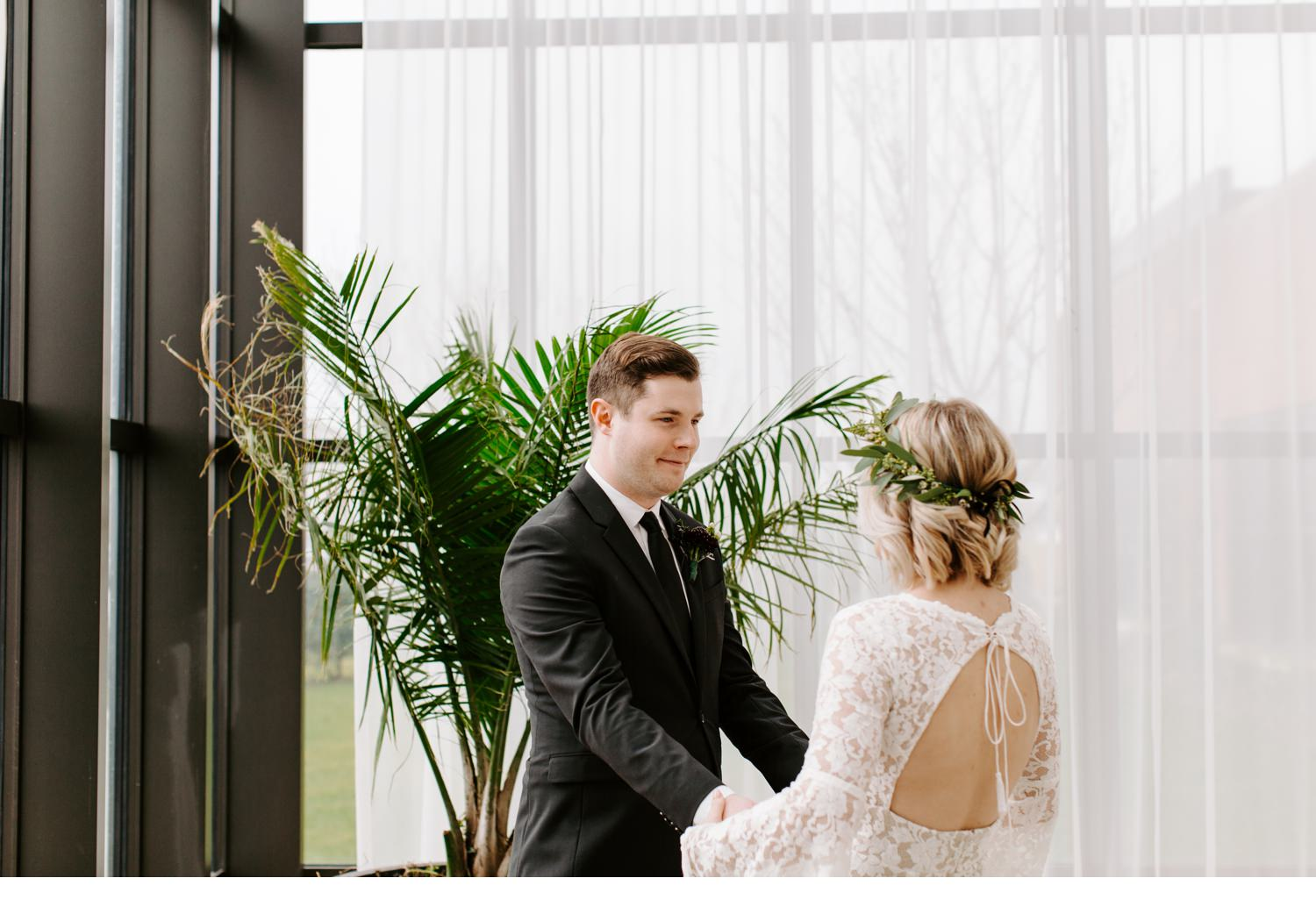 bride and groom portraits at asbury hotel