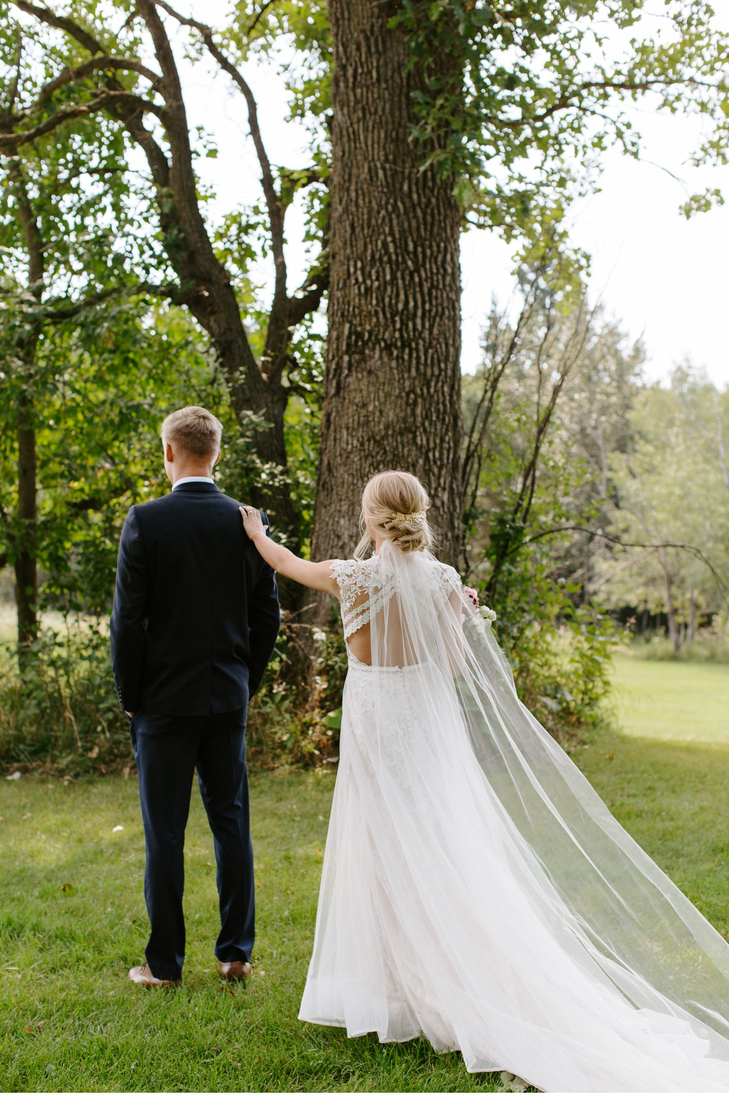 minnesota-wedding-dara-and-chad-14.jpg