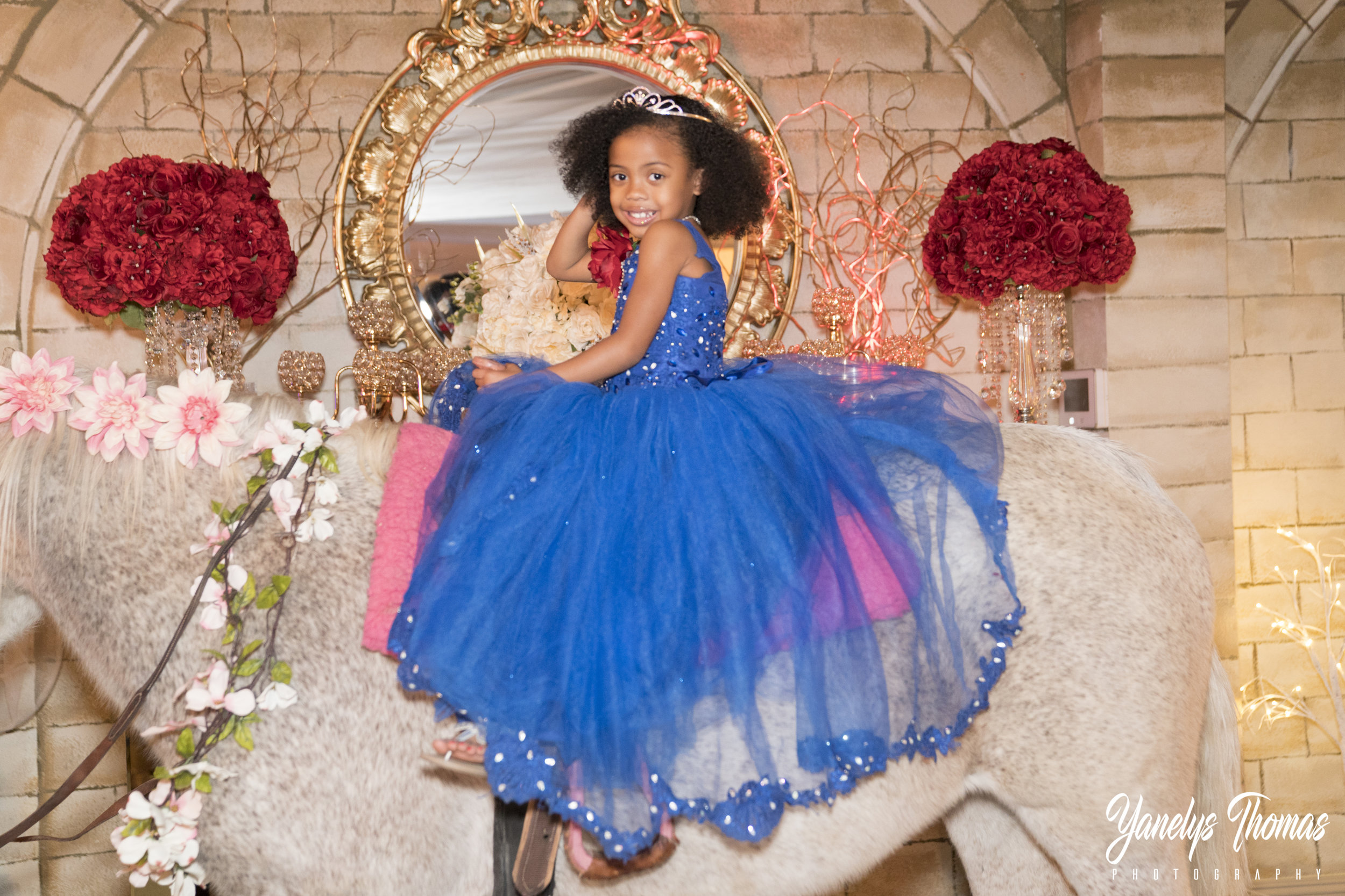 This little princess had the best birthday ever......  Her Daddy came to Sunset Castle looking for the perfect venue for his little girls 5th Birthday. The guest arrived early to the Castle located in Henderson,  carrying presents and getting ready for her birthday surprise.