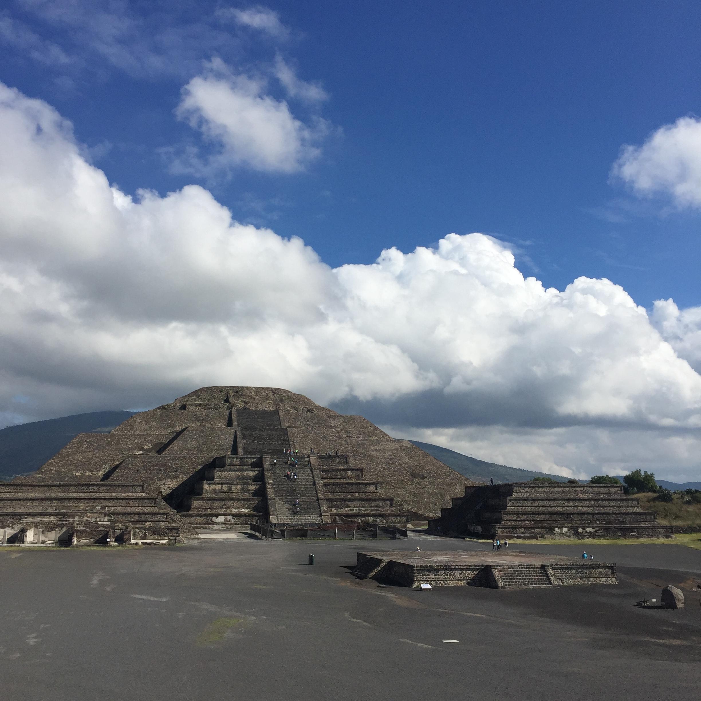 """""""Moon pyramid"""""""