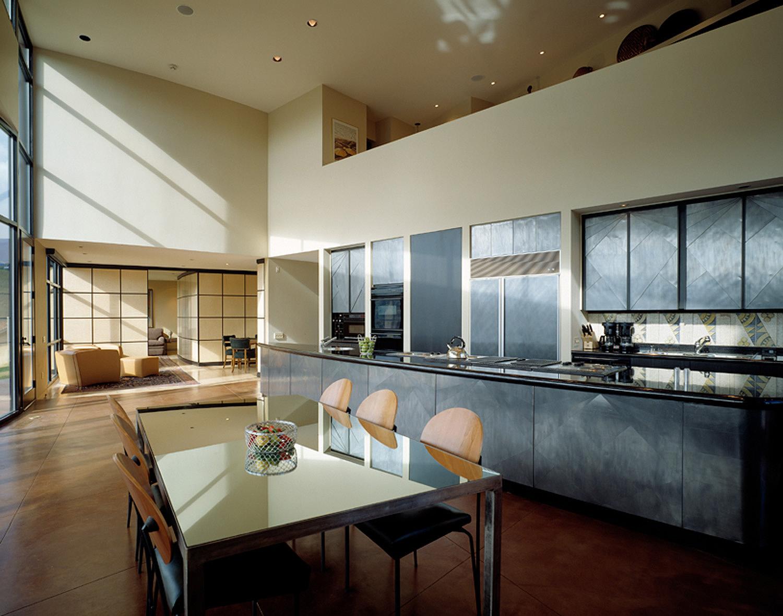 linear room.jpg