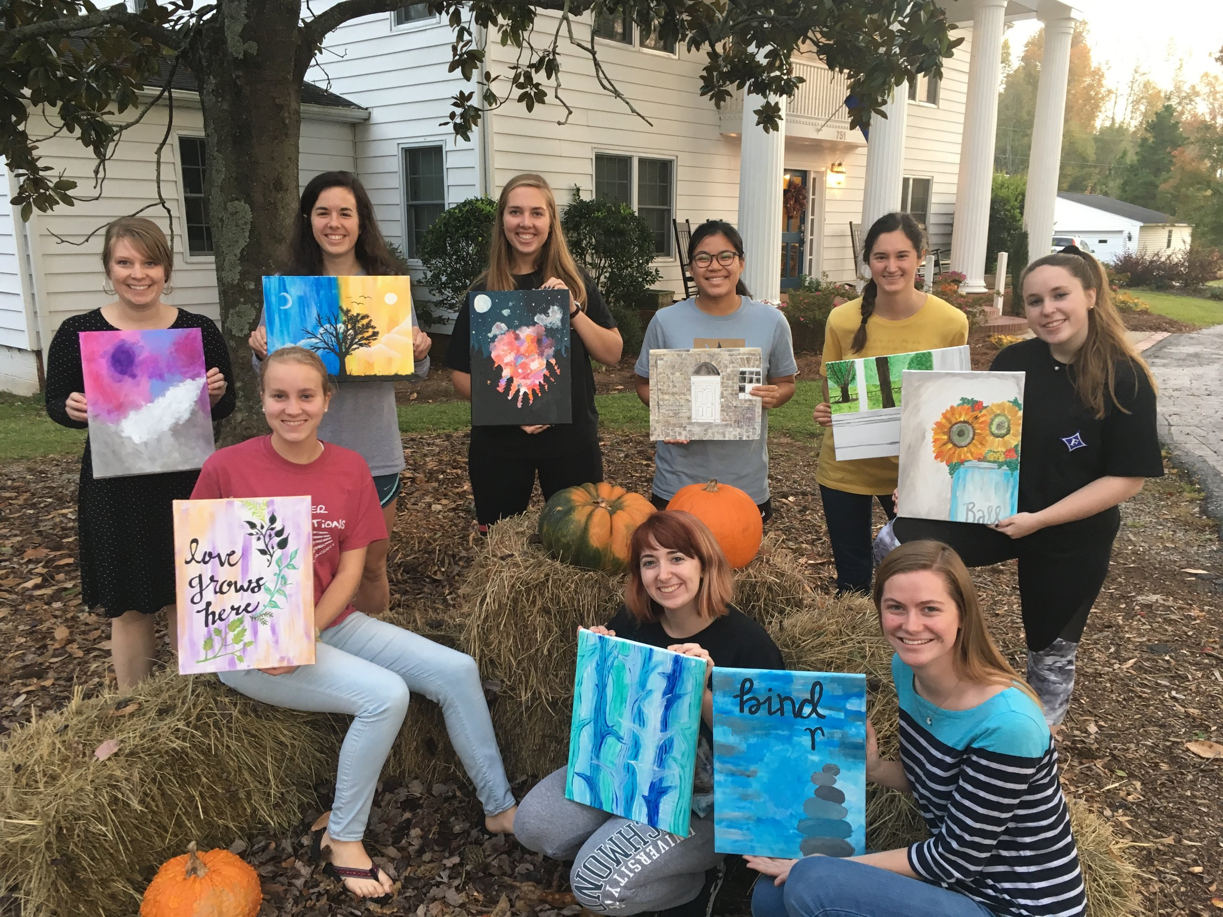 The Womens Followship groups gathered to paint at Vista House this fall.
