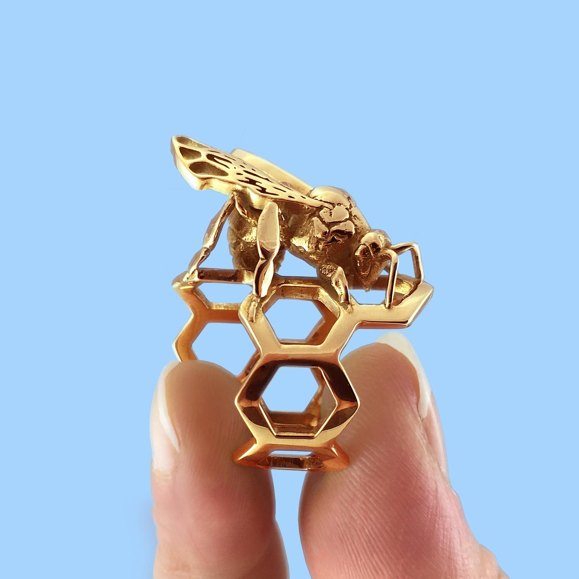 Western Honey Bee Ring Pinch