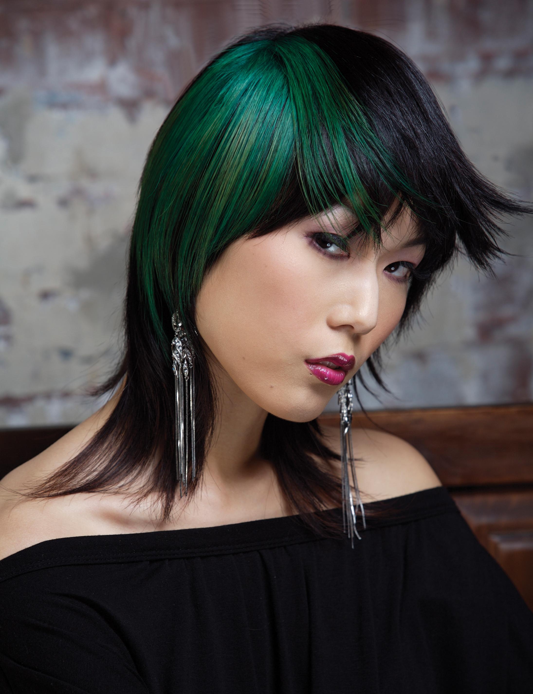 Lawrence picture - green hair - edit fly aways v2.jpg