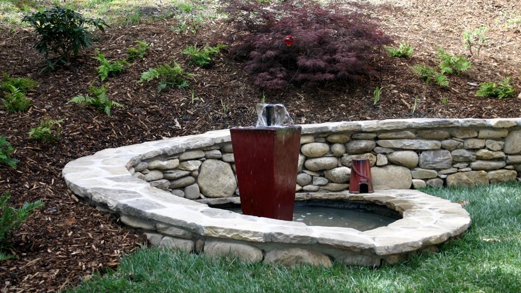 Ceramic container fountain