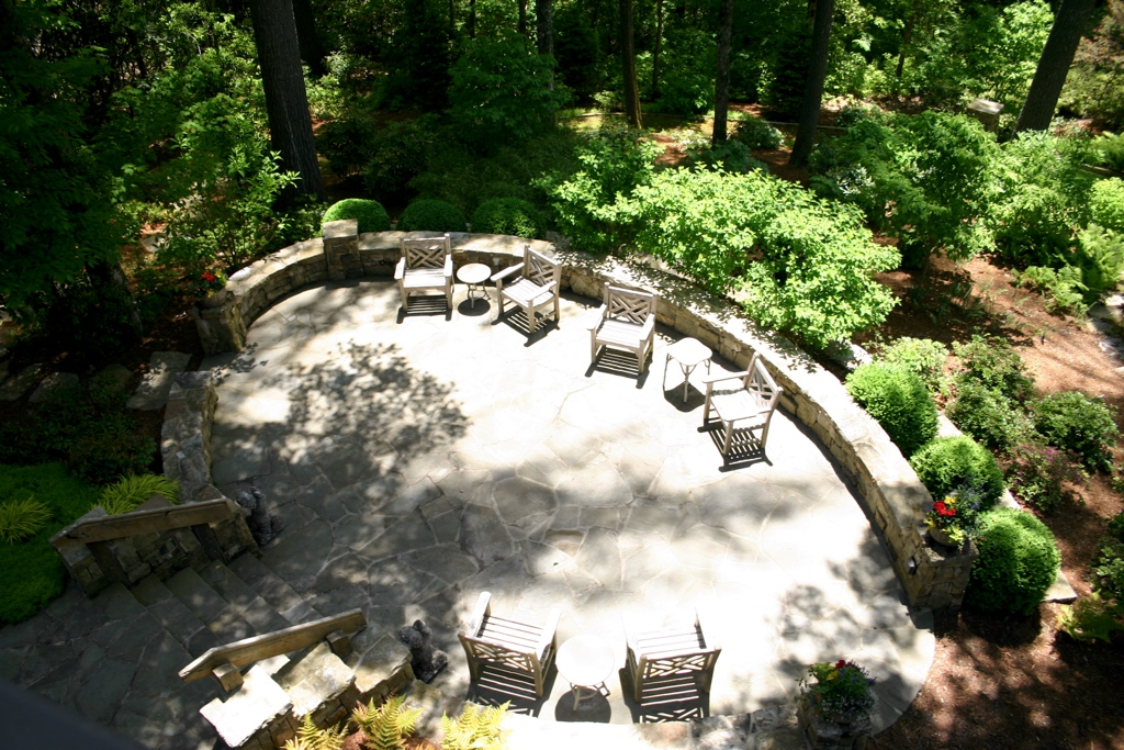 Stone patio and garden 05.jpg