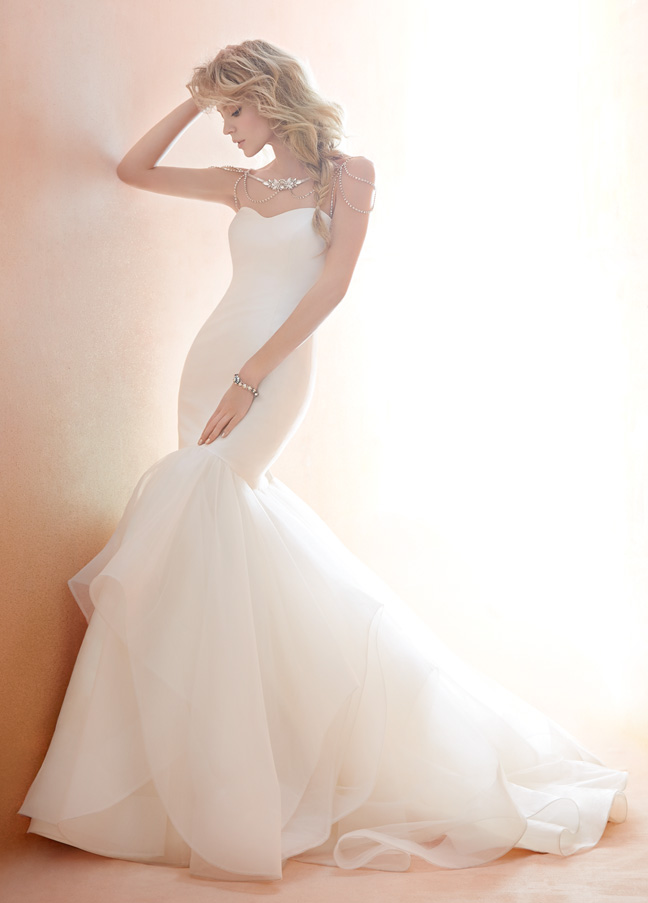 blush-hayley-paige-bridal-dupioni-tulle-fit-to-flare-elongated-bodice-detachable-beaded-bolero-1450_zm.jpg