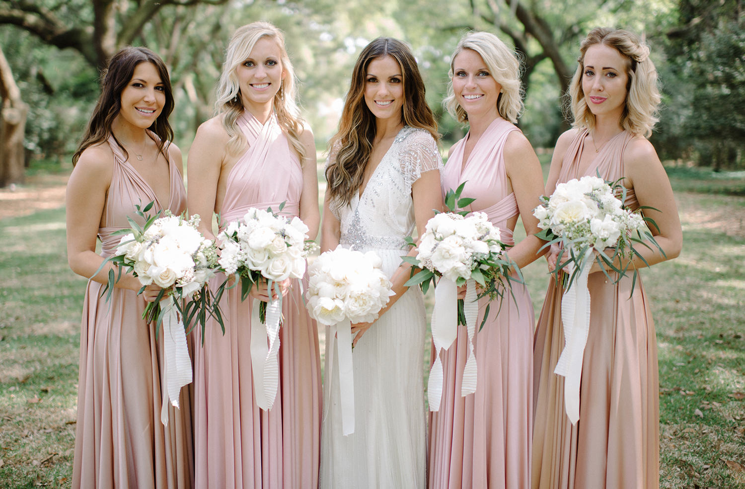 Photo via Bella Bridesmaids.