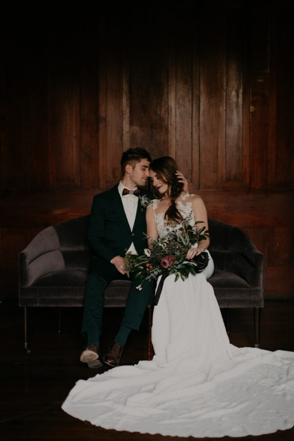 moody-modern-nashville-wedding-inspiration-at-riverwood-mansion-46-600x900.jpg