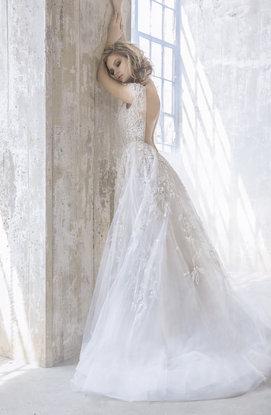 hayley-paige-bridal-fall-2017-style-6757-vaughn_10.jpg