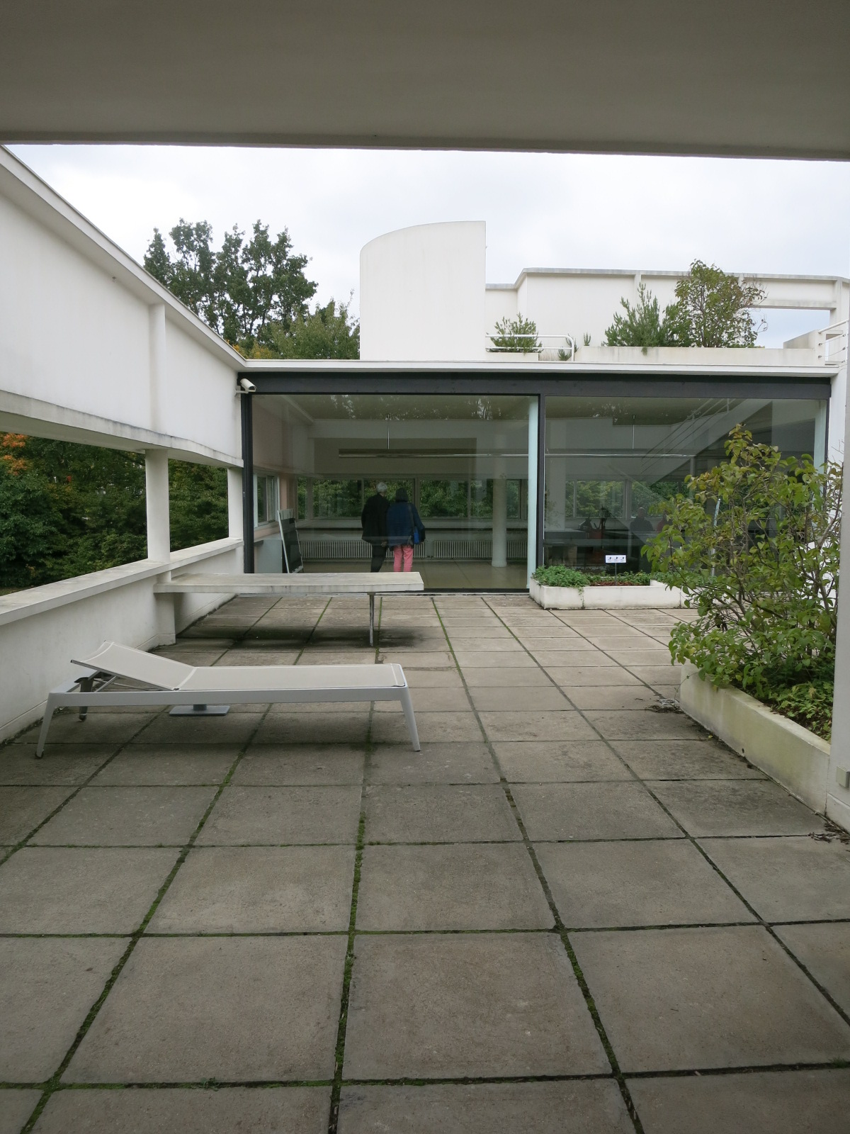 La Villa Savoye, Poissy, France. Designed by Le Corbusier and Pierre Jeanneret in 1928