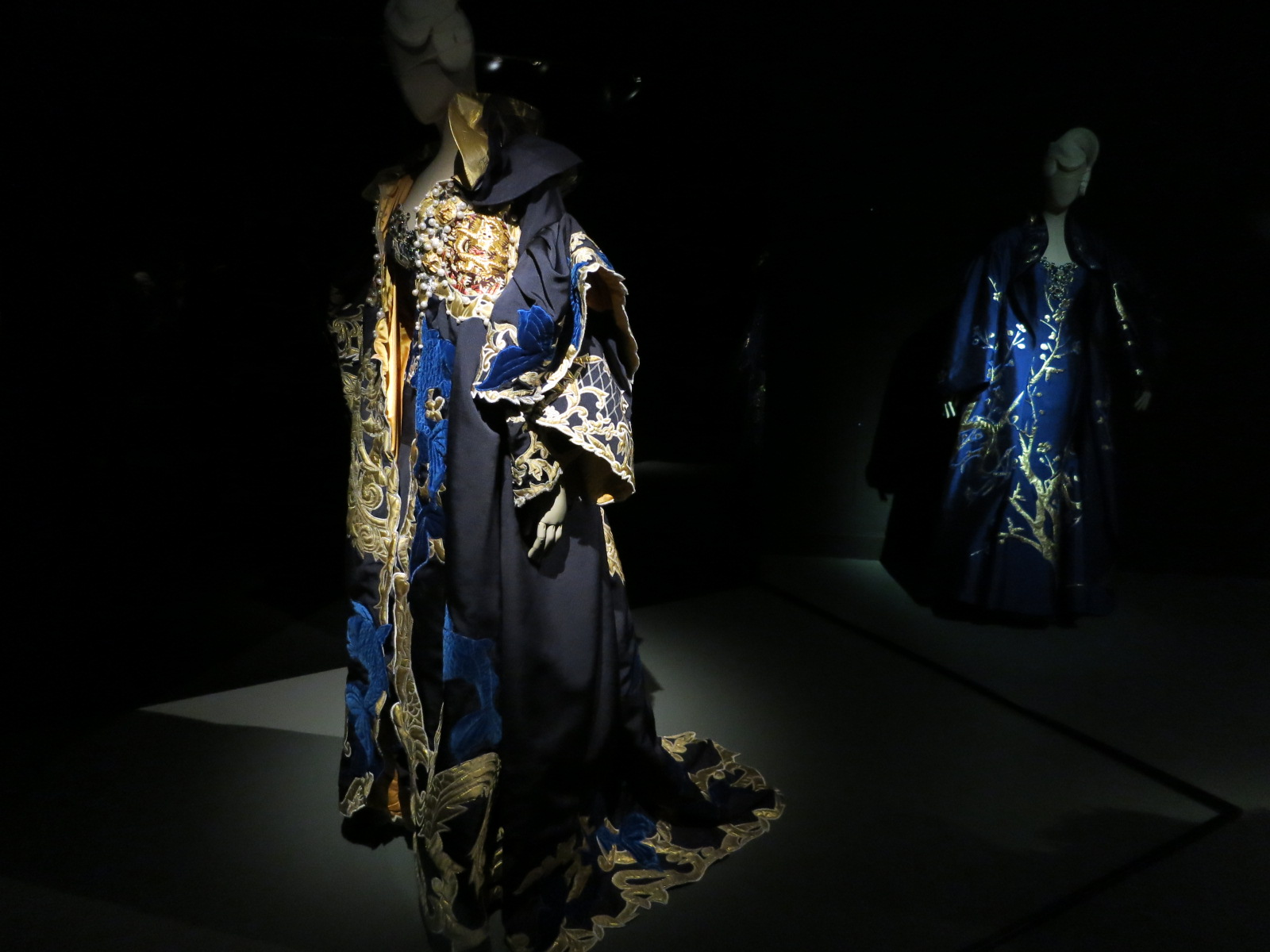 'Korea Now' exhibition at the Musee des Arts Decoratifs. Closes on the 3rd January 2016. These garments were designed by Andre Kim