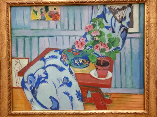 Mary took photograph of Henri Matisse's 'Still Life with Geranium' 1910 at the Pinakothek der Moderne in Munich last. Matisse figures very prominently when talking about the elements and principles of design.