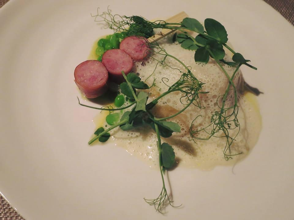 6. Scallop ravioli, Green pea, Sake glassed pearl onion, Soubise emulsion, Grilled Kurobuta sausages.jpg