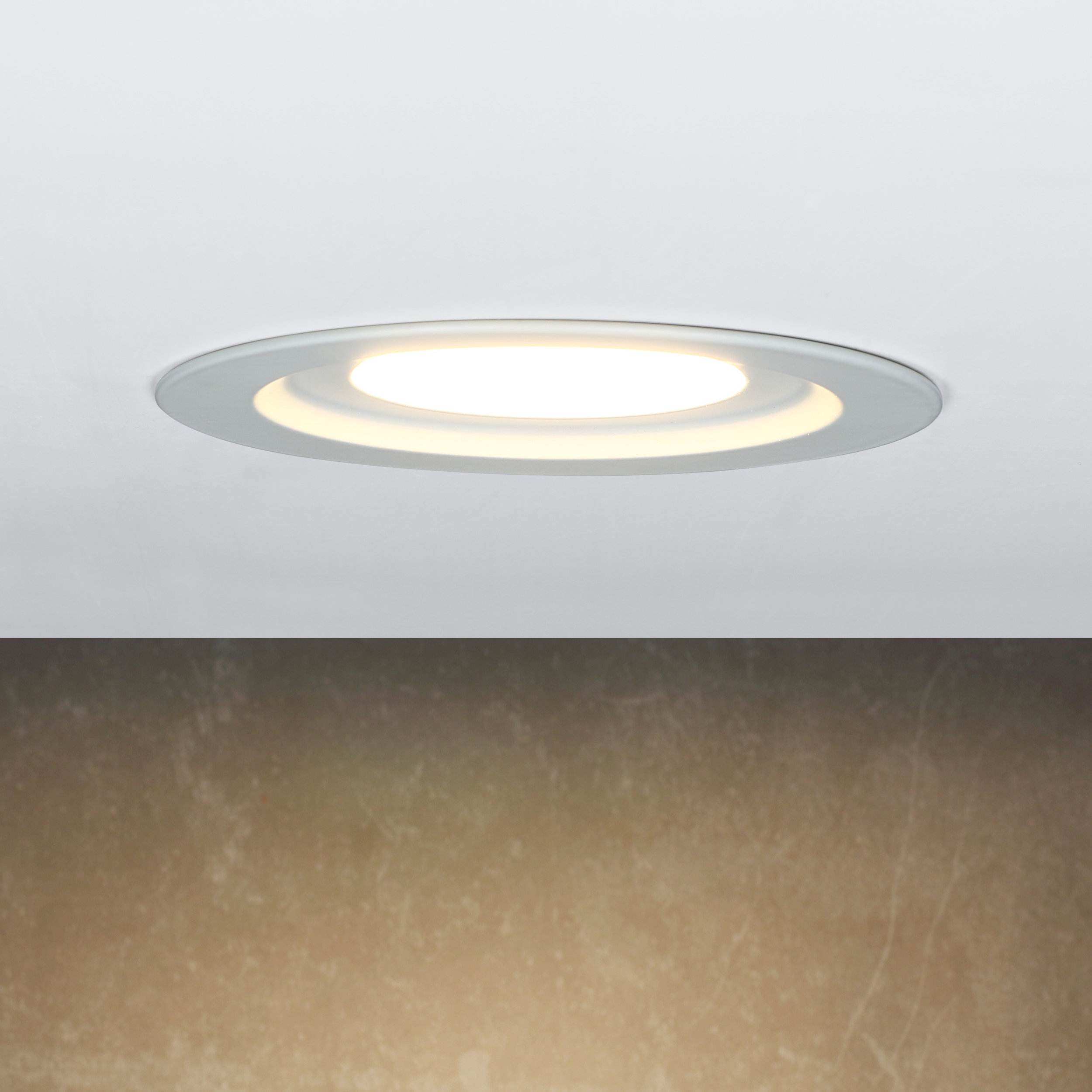 Novolink NRL04-9W-E26 4-inch LED Recessed Light Trim - Installed
