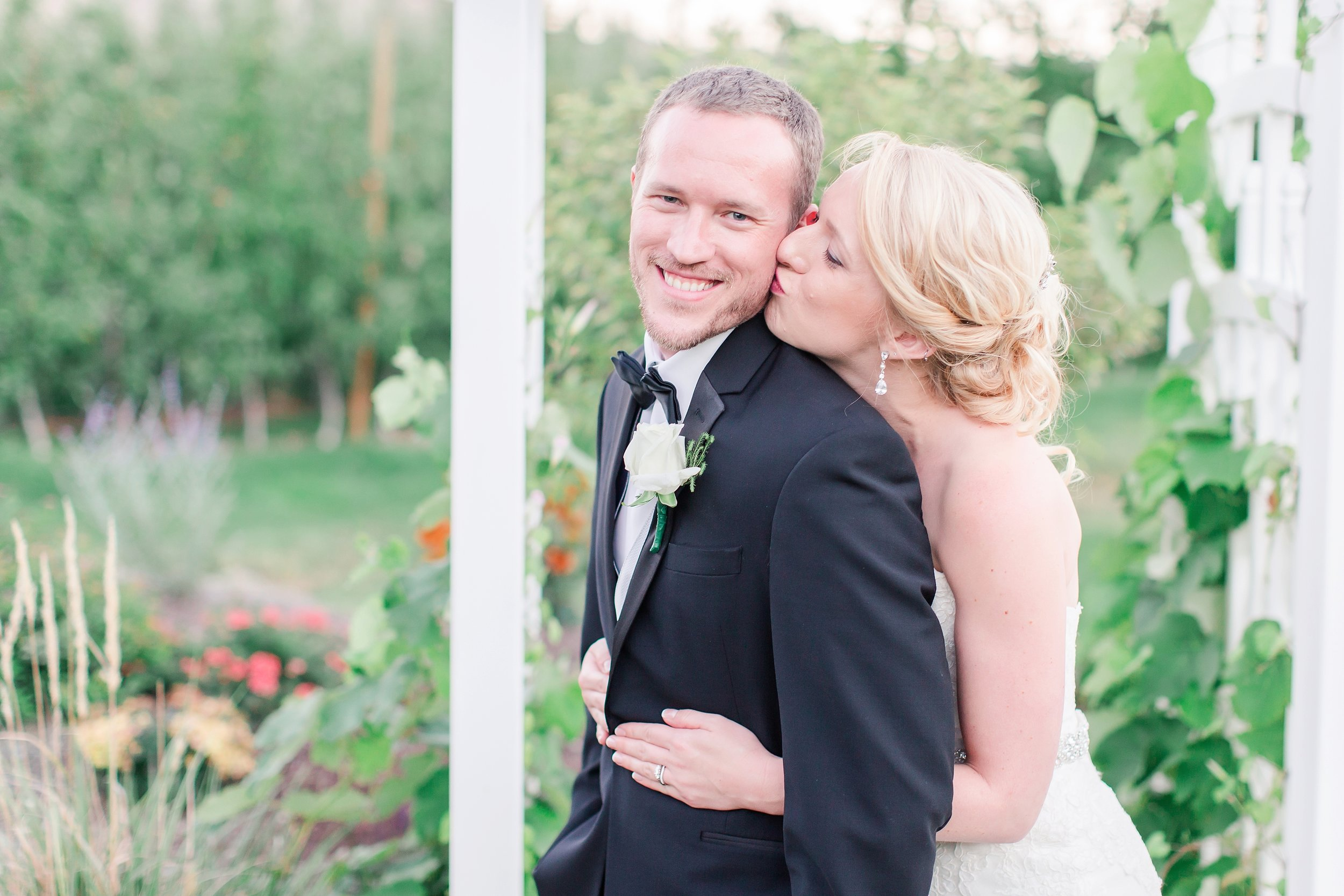 seattle wedding photographer_0351.jpg
