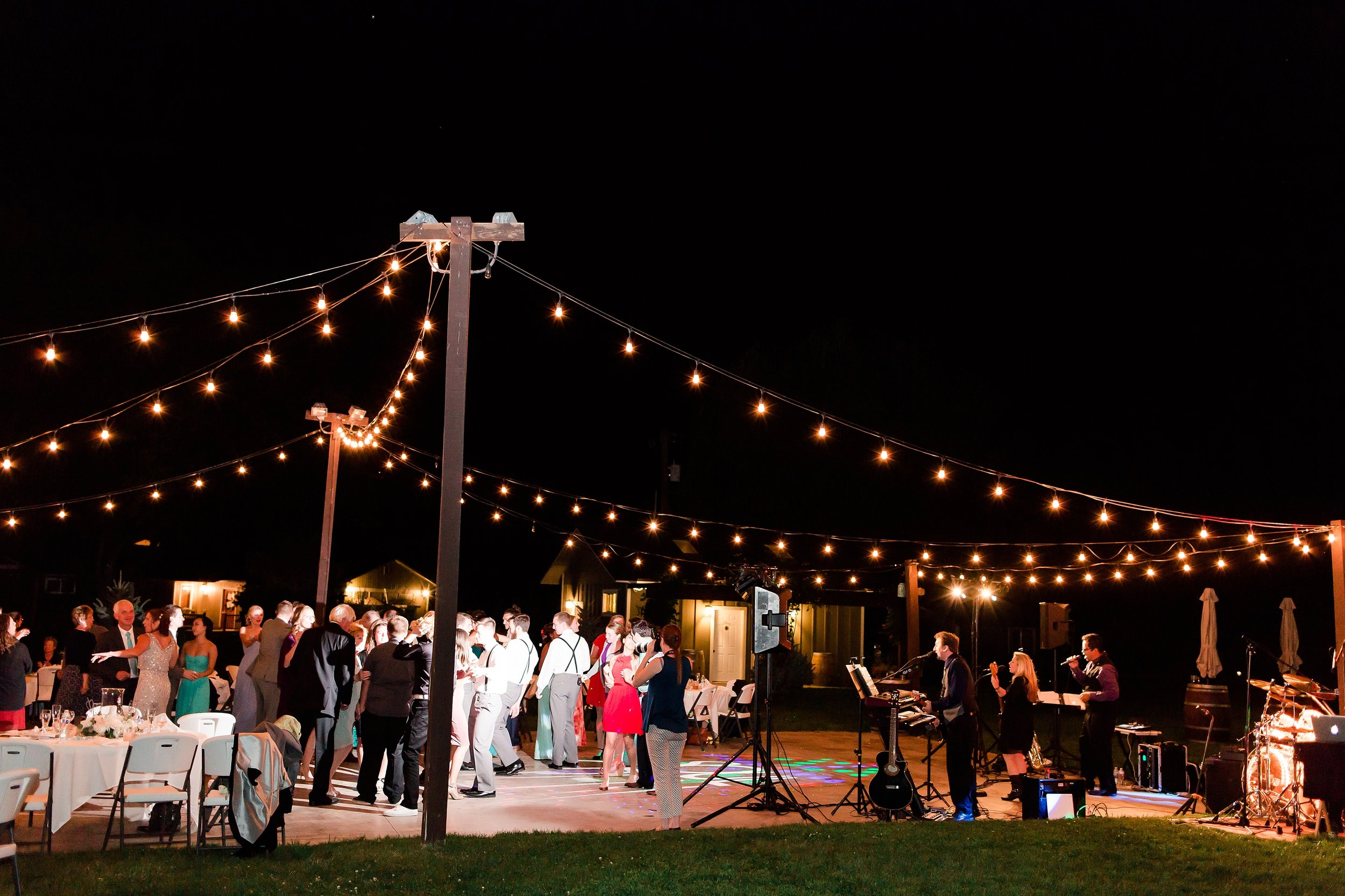 seattle wedding photographer_0374.jpg