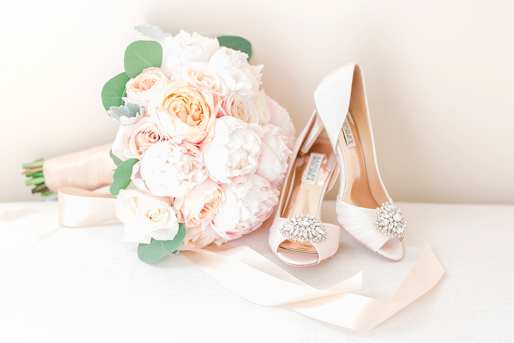 classic-wedding-the-admirals-house-seattle-19.jpg
