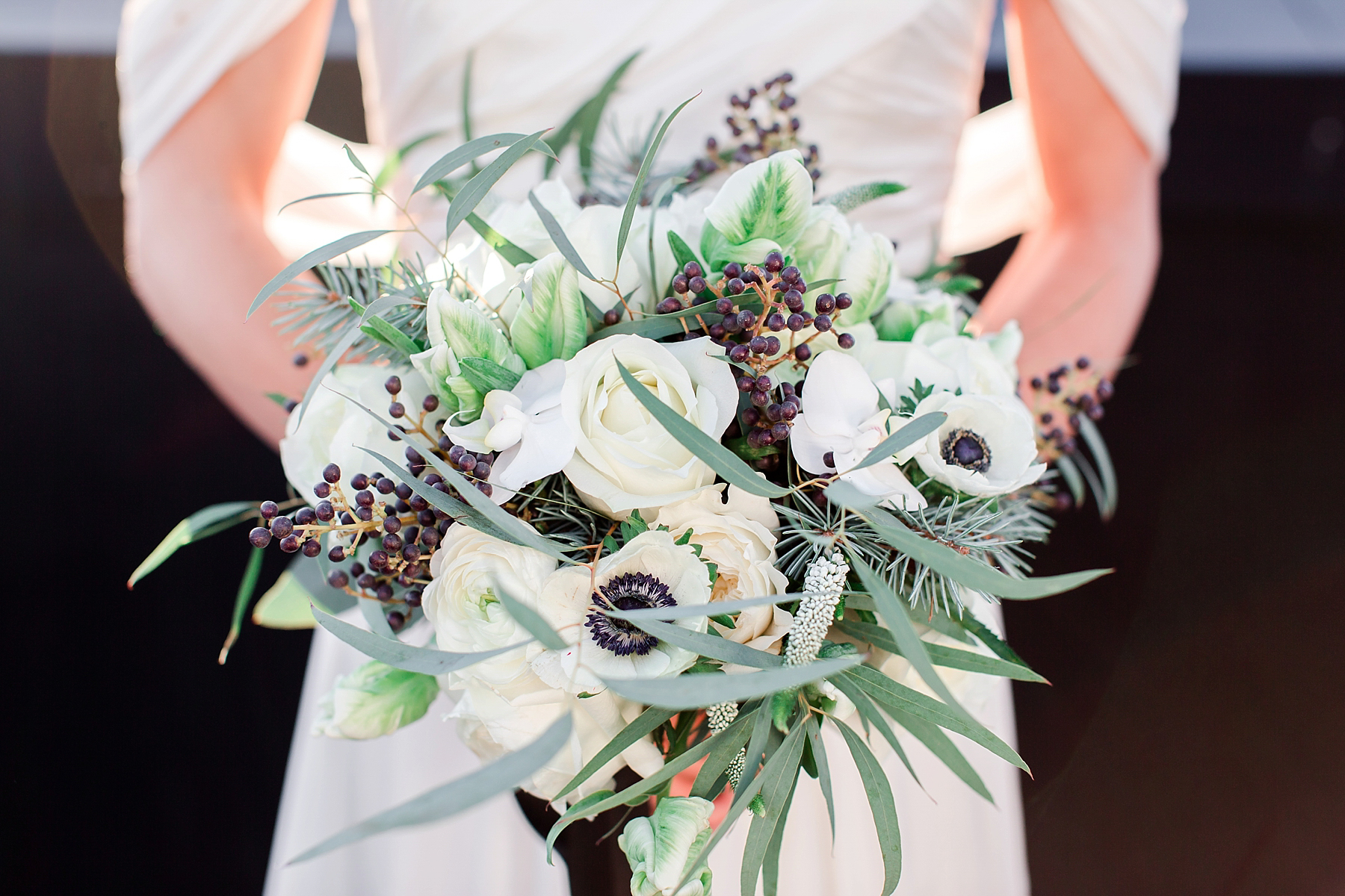 black-white-ballet-masquerade-wedding-38.jpg