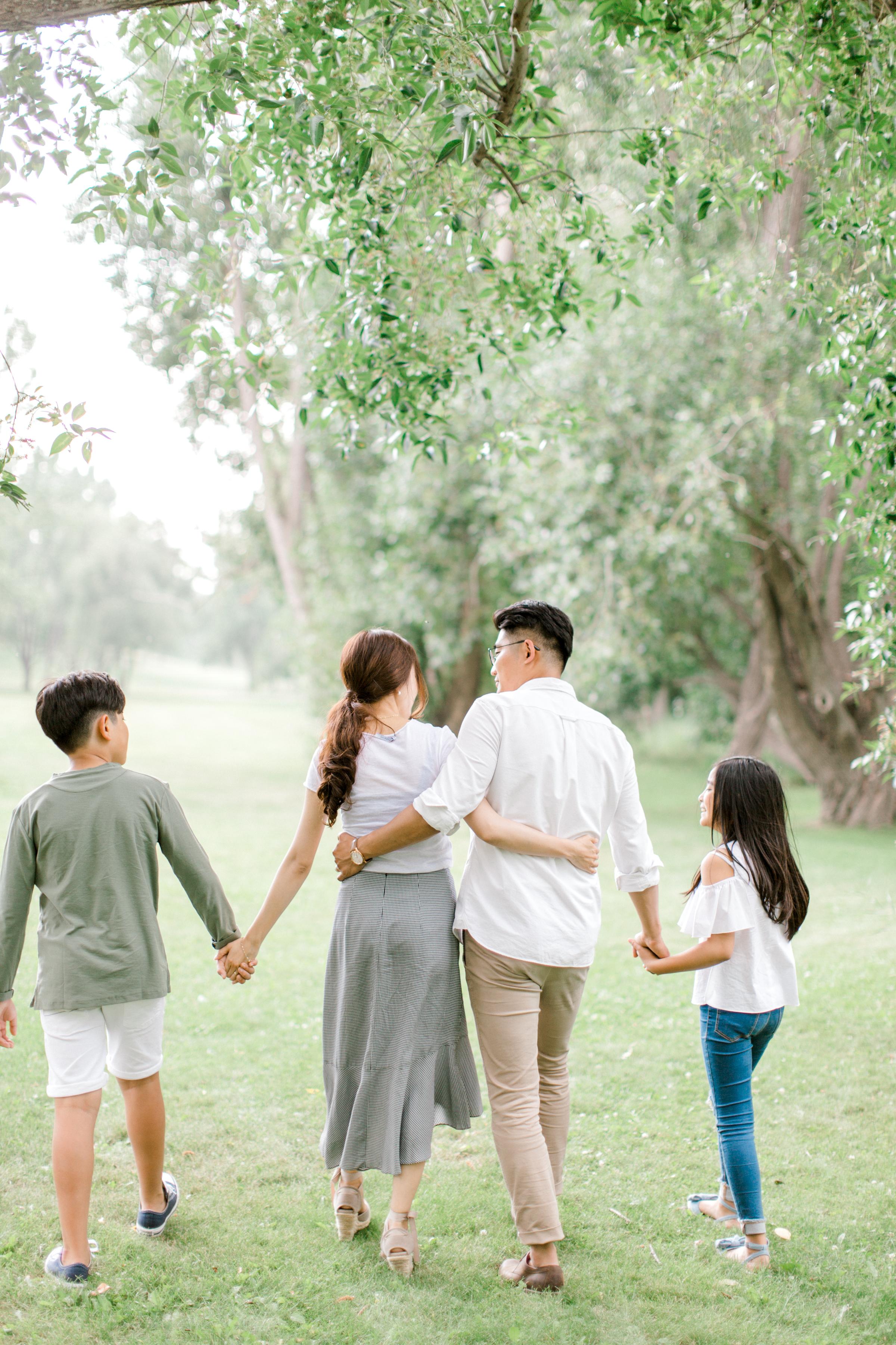 calgary family photography lifestyle photographer confederation park 7.jpg