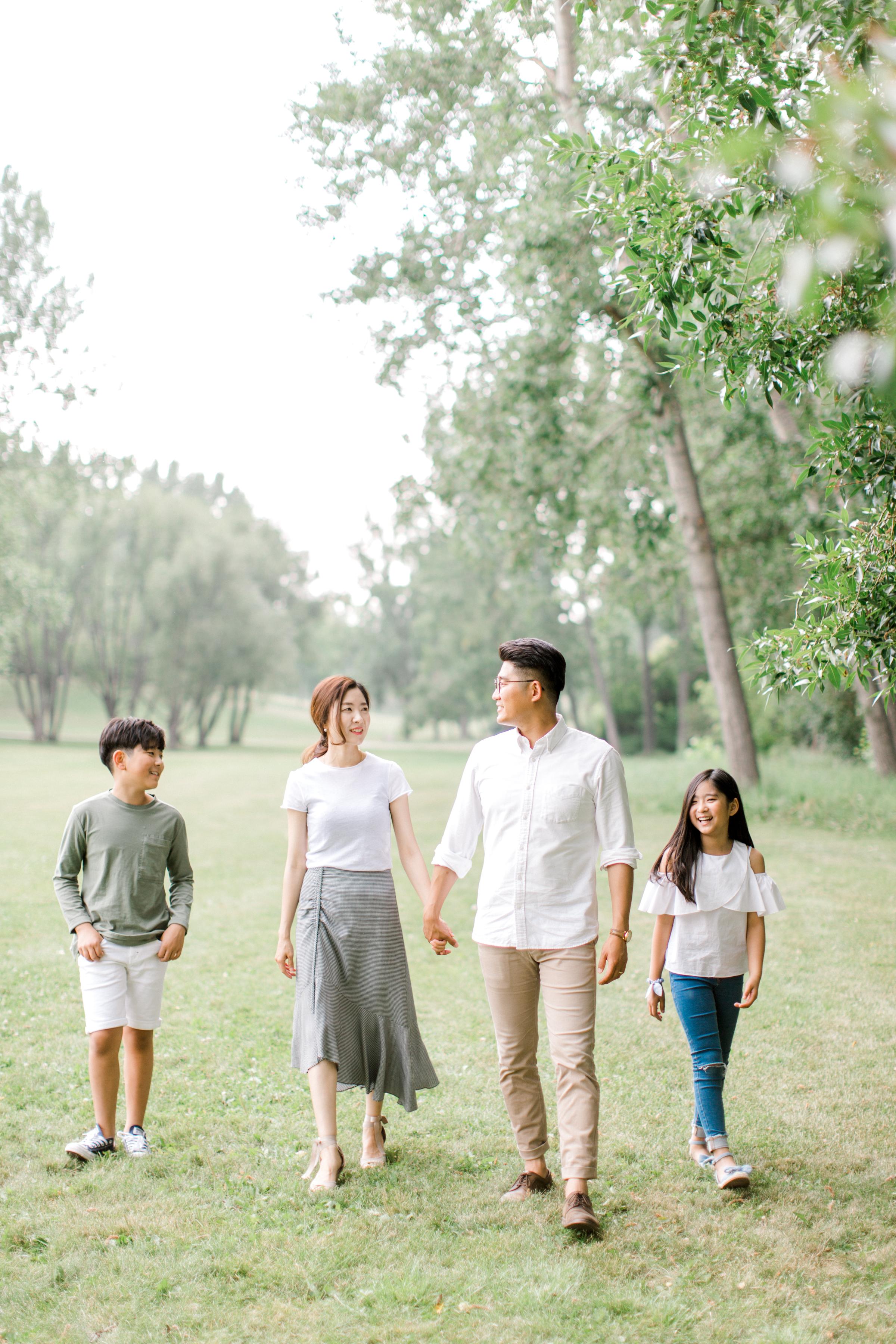 calgary family photography lifestyle photographer confederation park 14.jpg