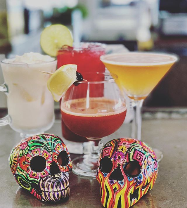 Are you dying for a frightfully delicious Halloween cocktail? Swing by Beachside this Halloween season to eat, drink, and be scary! 🎃  #halloweendrinks #spookyseason