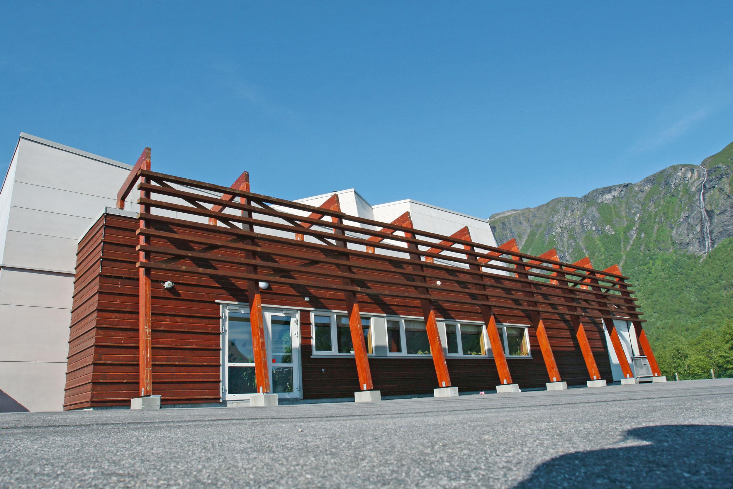 Tresfjord skole og flerbrukshus