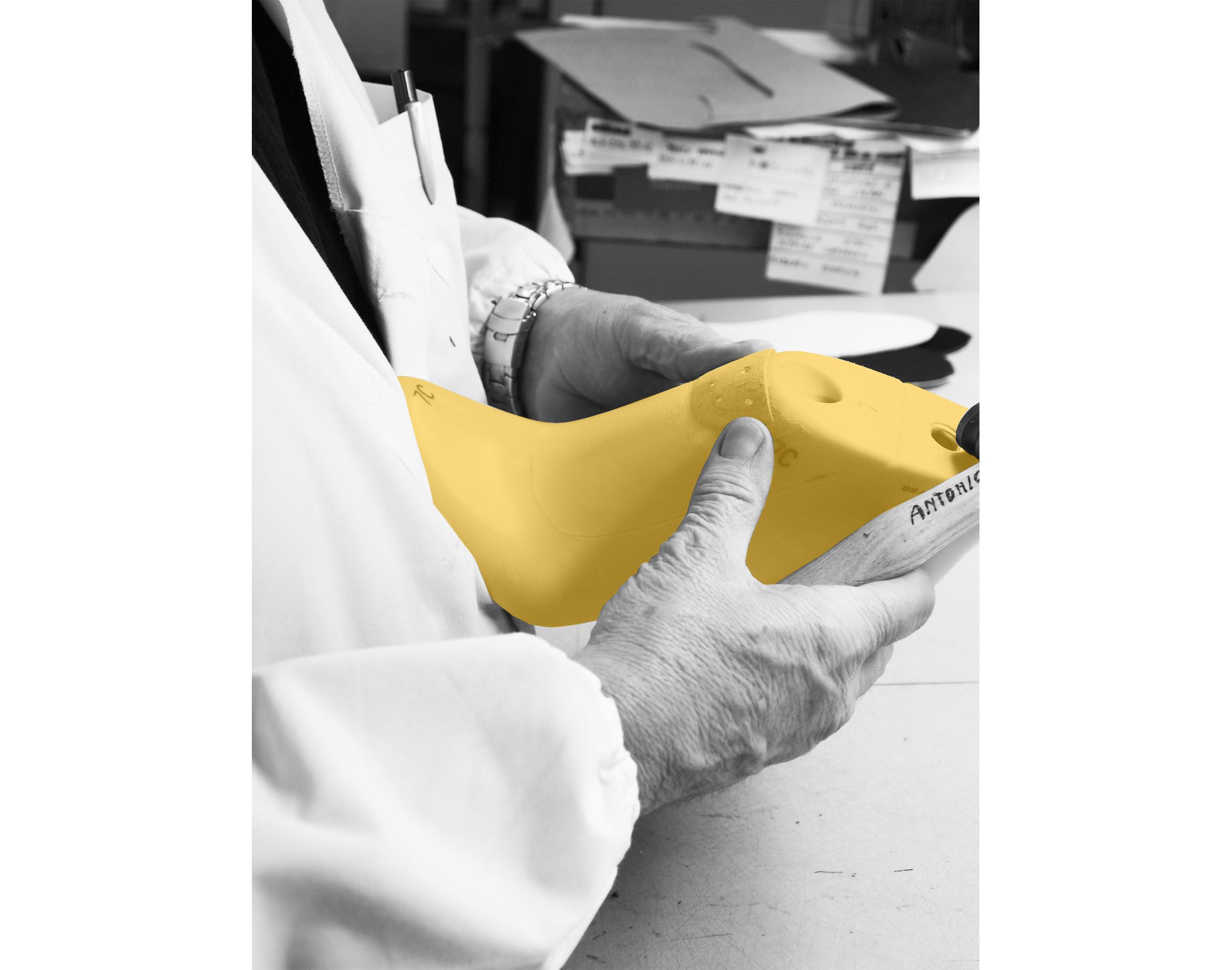 Antonio hands- yellow last .jpg