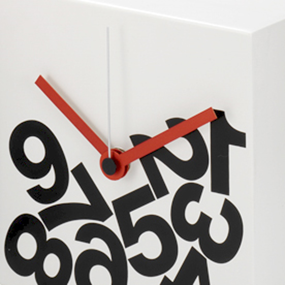 Time Square Table clock_nava design_dario serio_06.1.jpg