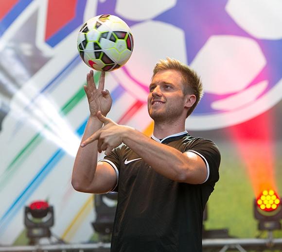 artfootball1.jpg