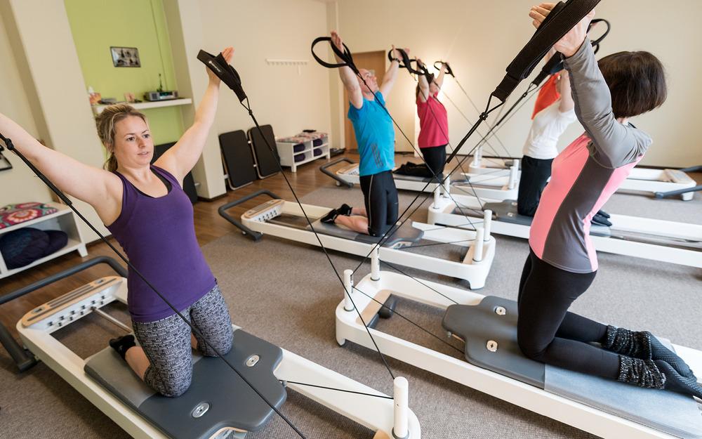 Allegro Pilates - Mit seinem Ursprung im Training nach Joseph Pilates ist unser Allegro Training eine neue Möglichkeit sich gesund, bewusst und kraftvoll zu bewegen. Erlebe hier, dass Pilates- und Gerätetraining kein Widerspruch ist!MEHR ERFAHREN ➝