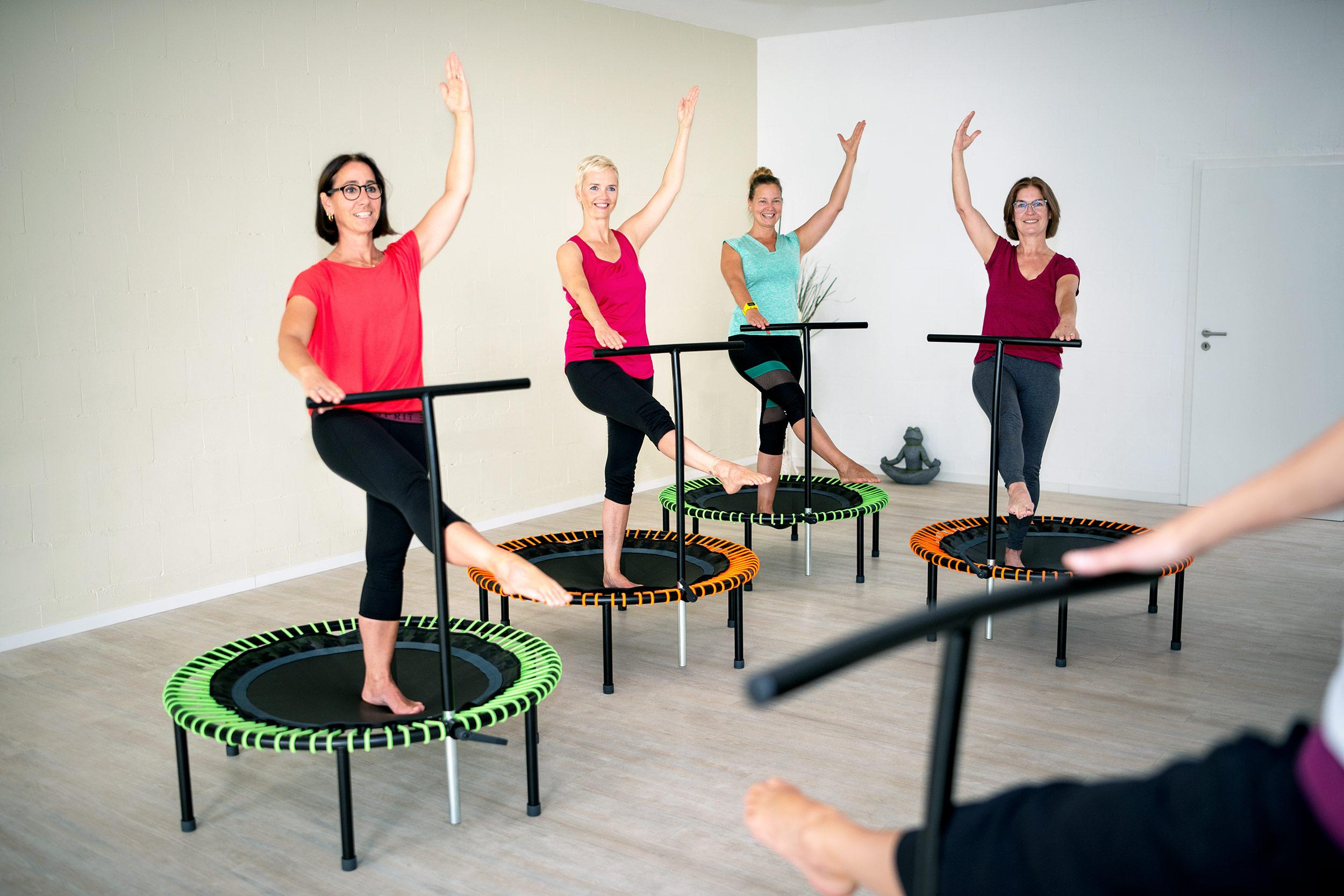 bellicon® Training - Stärke dein Herz-Kreislauf-System, kräftige sämtliche Muskeln und aktiviere deinen Stoffwechsel bei bester Laune und einer Menge Spaß auf dem bellicon.MEHR ERFAHREN ➝