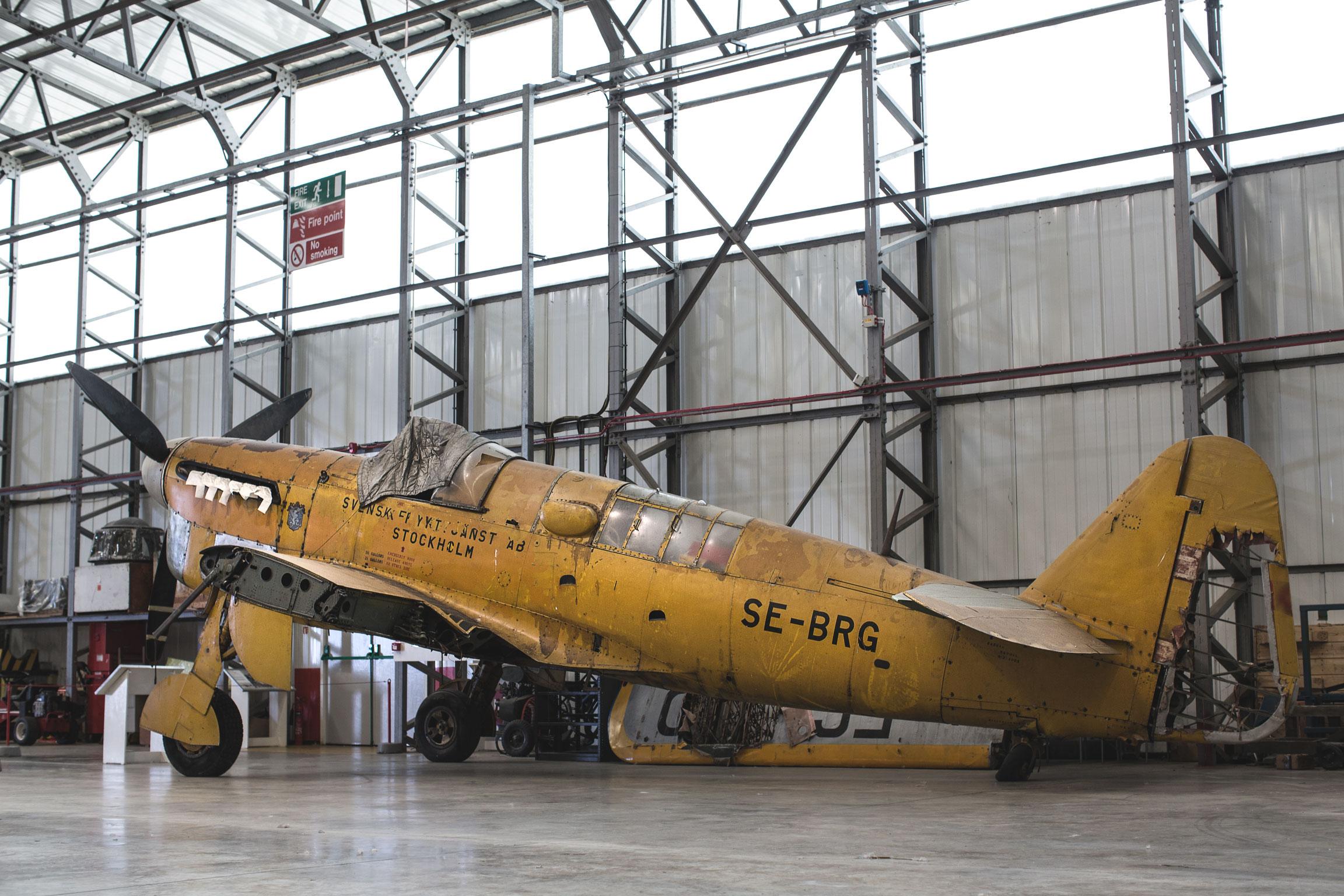 firefly-in-hanger
