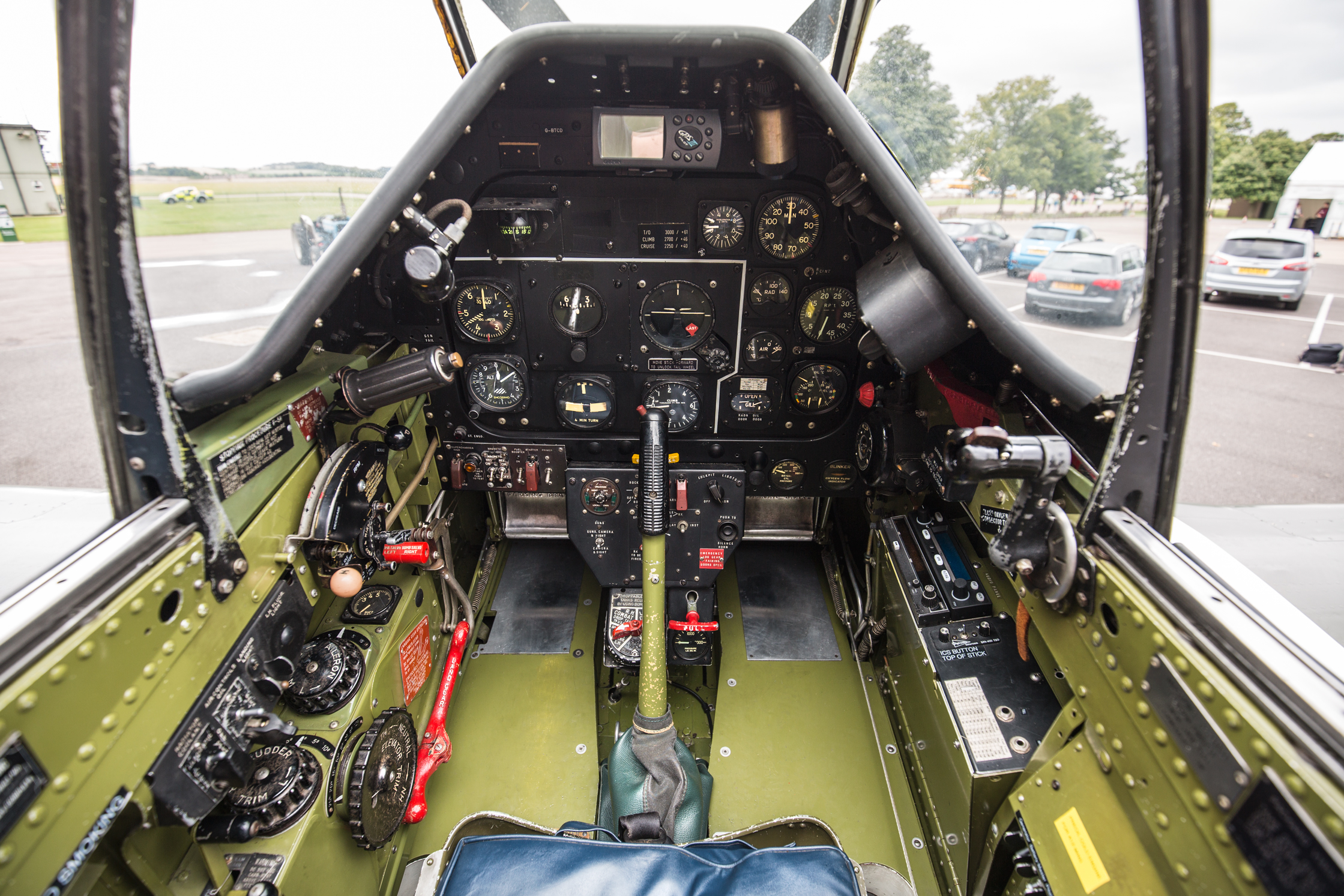 frankie-cockpit-2.jpg