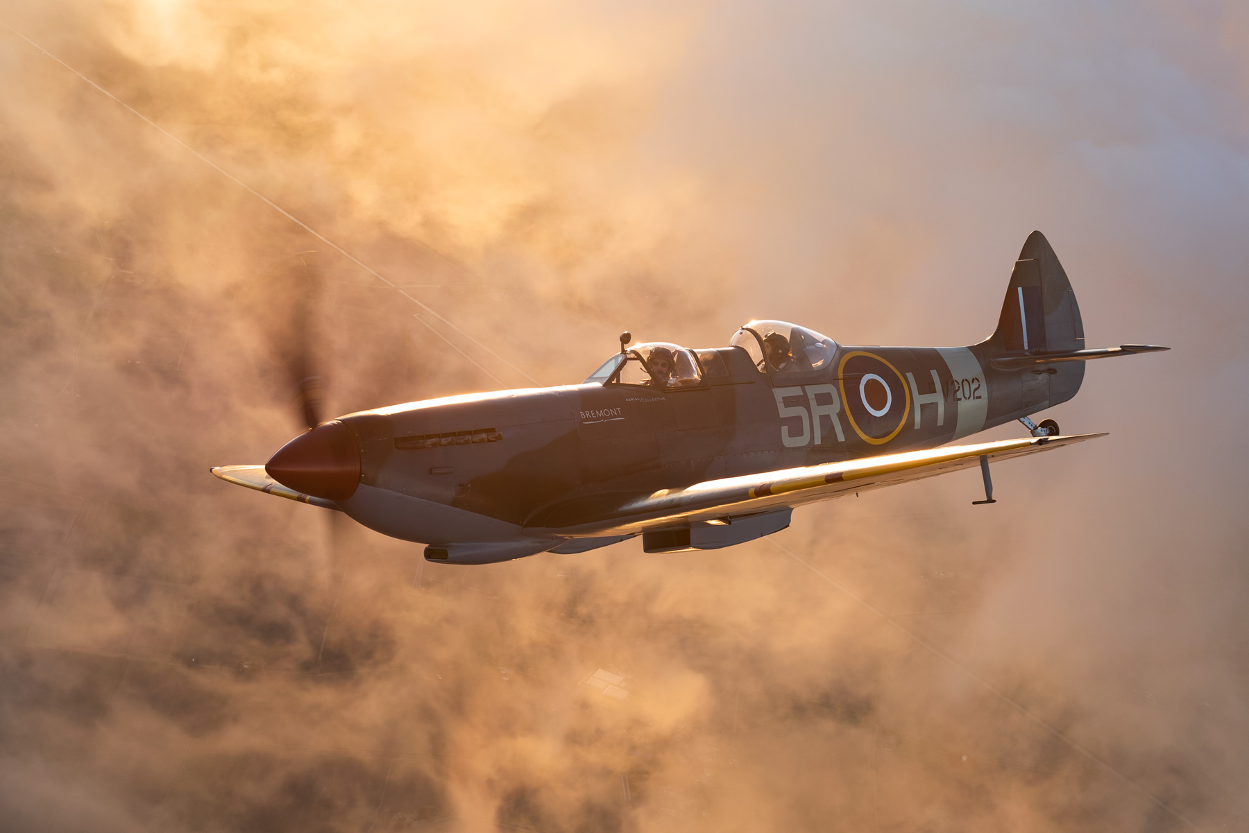 ARCo-Spitfire-PV202-Gallery_above-the-clouds.jpg
