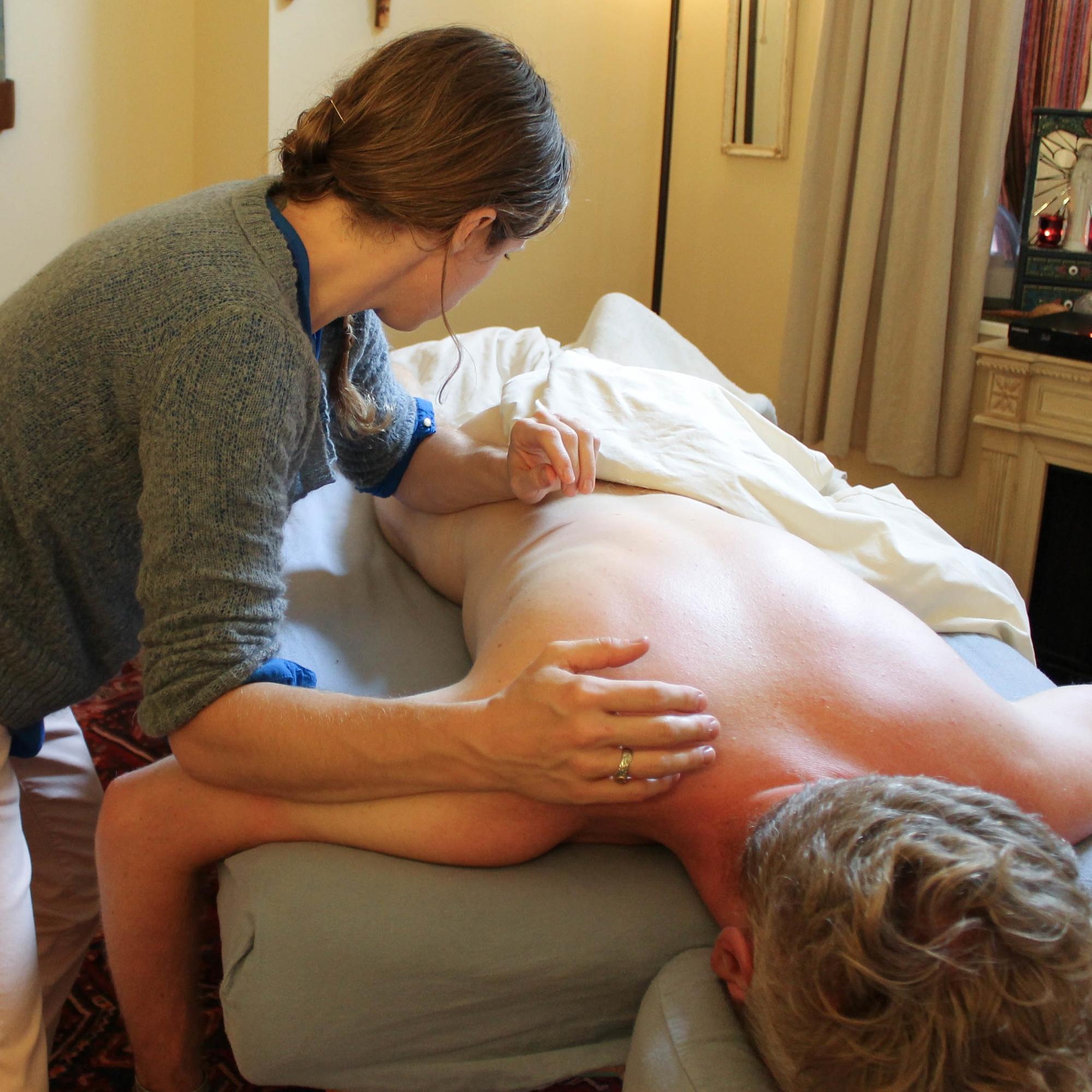 2015.08 KM in studio massage shoot (53 of 81).jpg