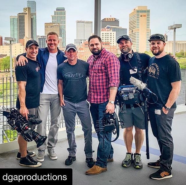 Repost @dgaproductions ・・・ A Squad in Nashville with @kennychesney & @kirkherbstreit for the NFL Draft - piece airs on ABC, Sportscenter & NFL Live. Producer @toreychampagne, DP @aaronfrutman