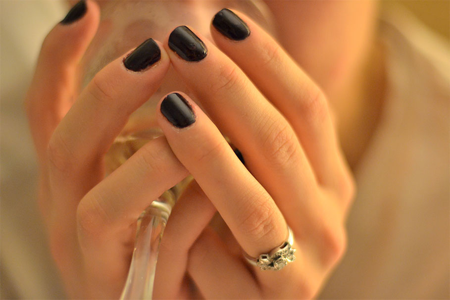 Nails-and-Wine.jpg