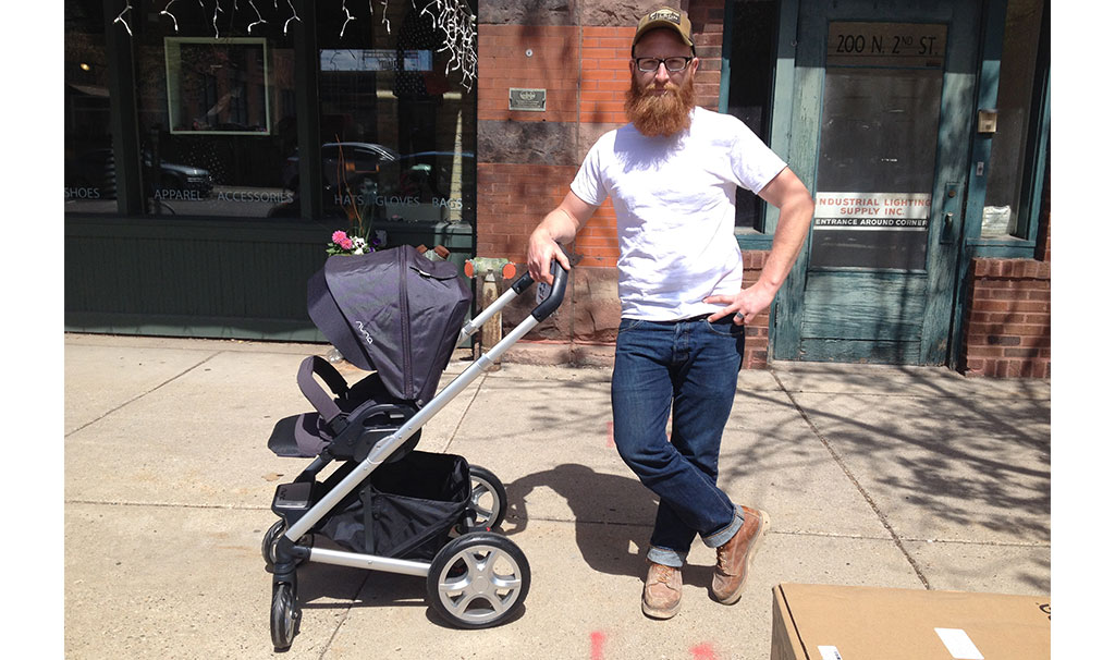 This is our amazing stroller — Mixx from Nuna! We are both loving it's versatility, lightness, fabric, and compactness. Thanks Nuna!