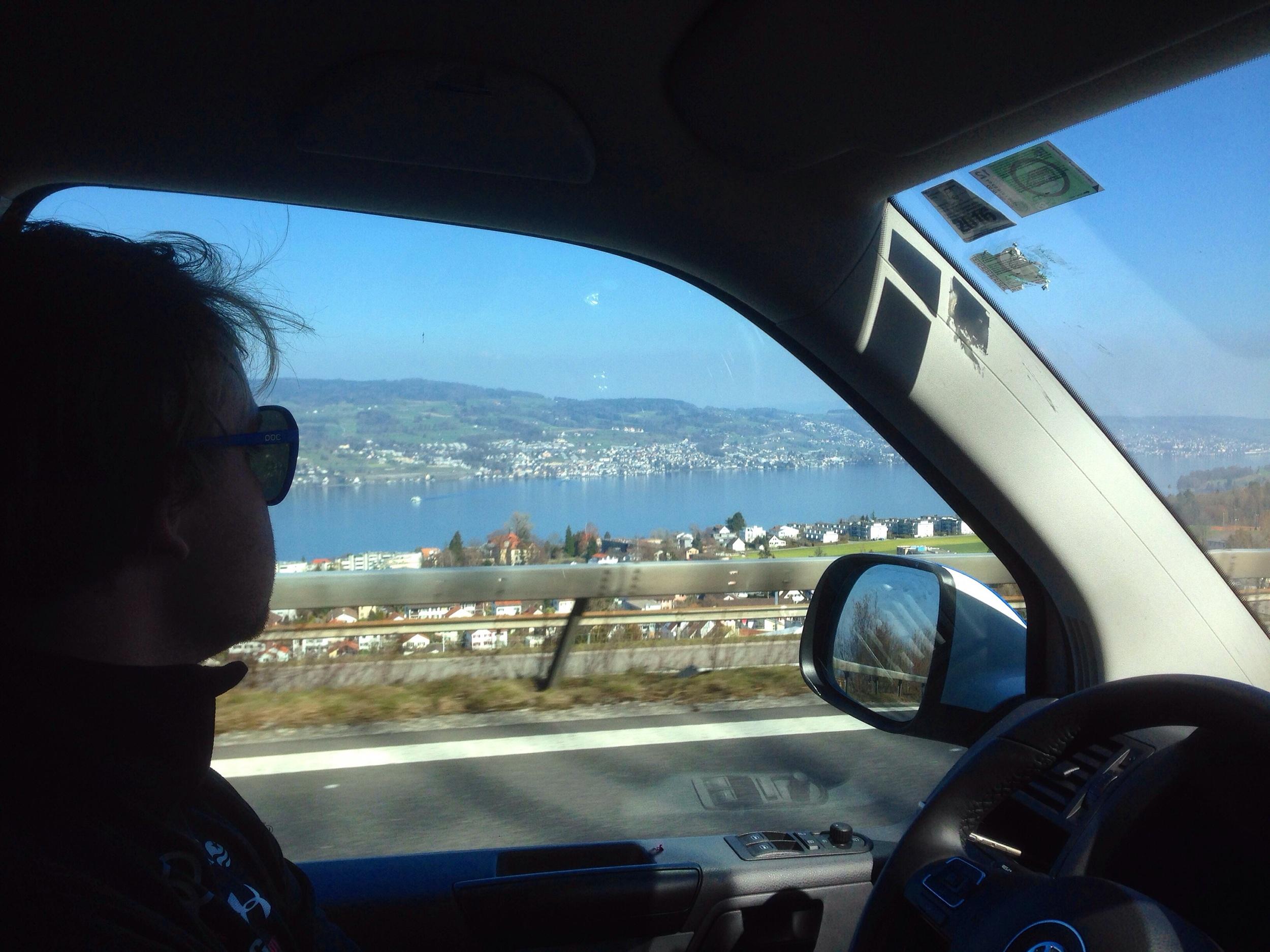Sedan rullade Julijan och jag tillbaka mot Schweiz och St. Moritz