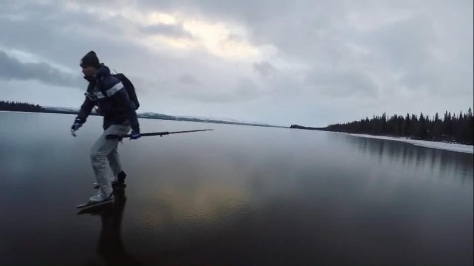 I fredags så åkte vi långfärdsskridskor på Ånnsjön som ni säkert sett på Mattias Instagram.