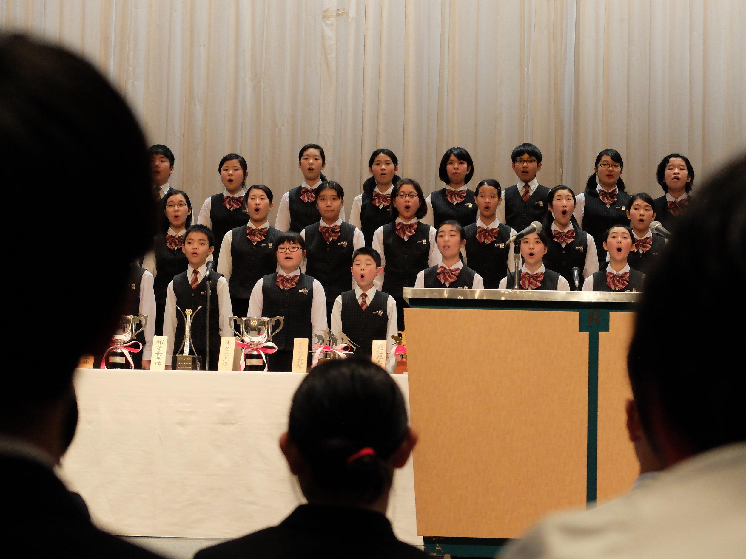 Prisutdelning för tävlingarna samt för massa andra idrotter då det var en massa tävlingar denna vecka i Sapporo (Miyasama Ski Games). Var intressant att se skillnaden mot europa och Sverige med kultur och hur alla människor beter sig. Dessutom var den Japanska imperial family där vilket var spännande