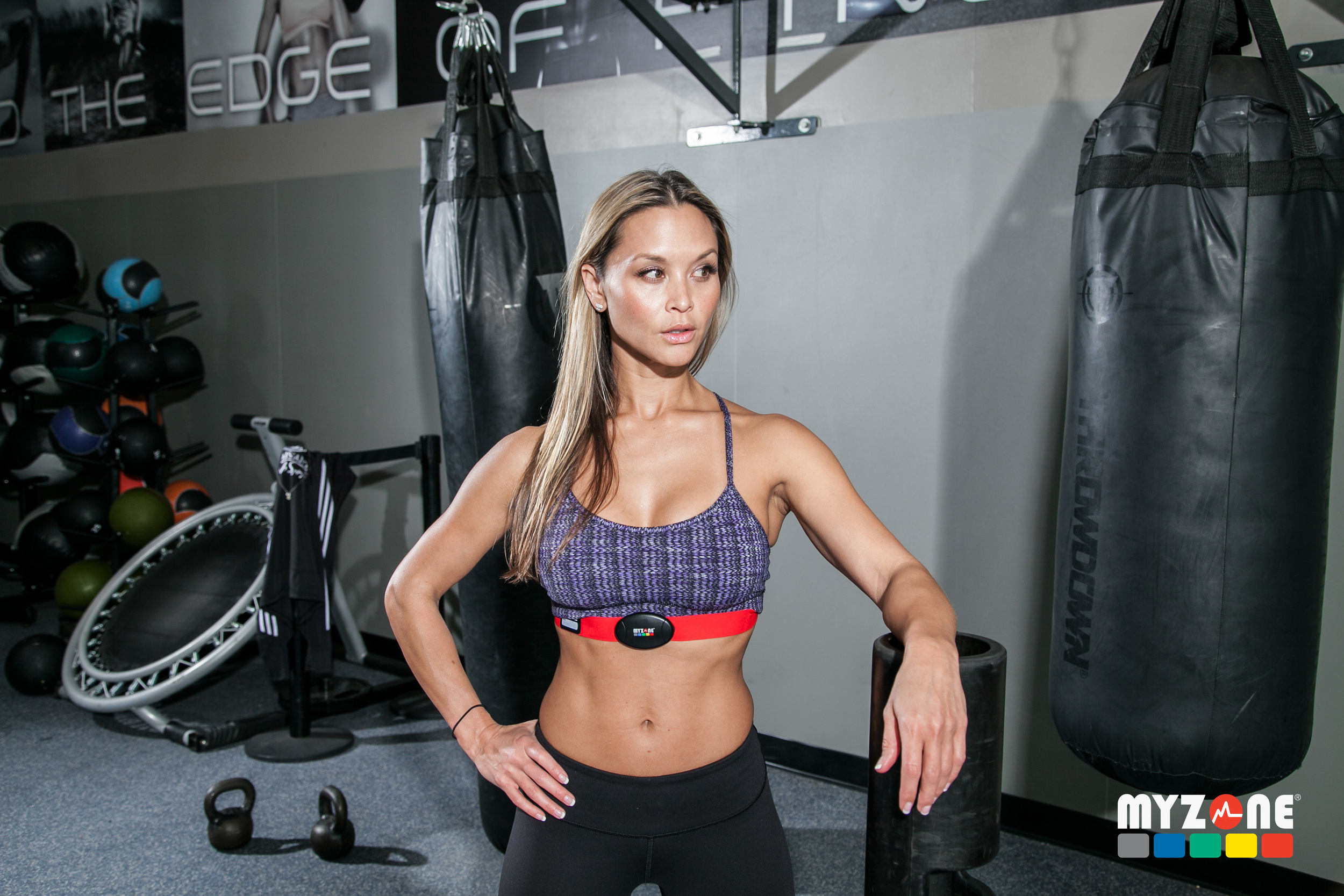 images---photos_boxinggirl4_3861x2574.jpg