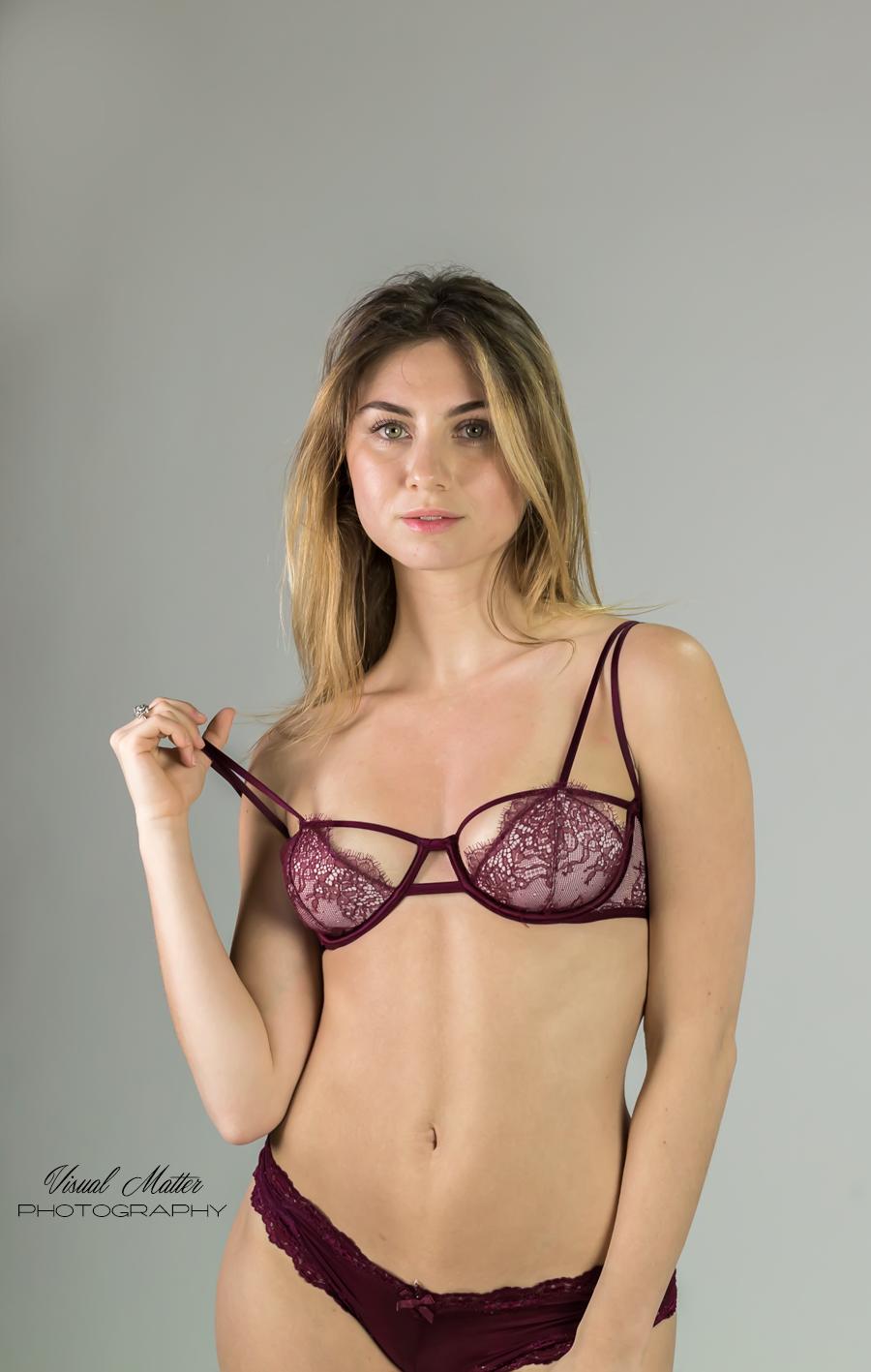 plum-lingerie8423.png